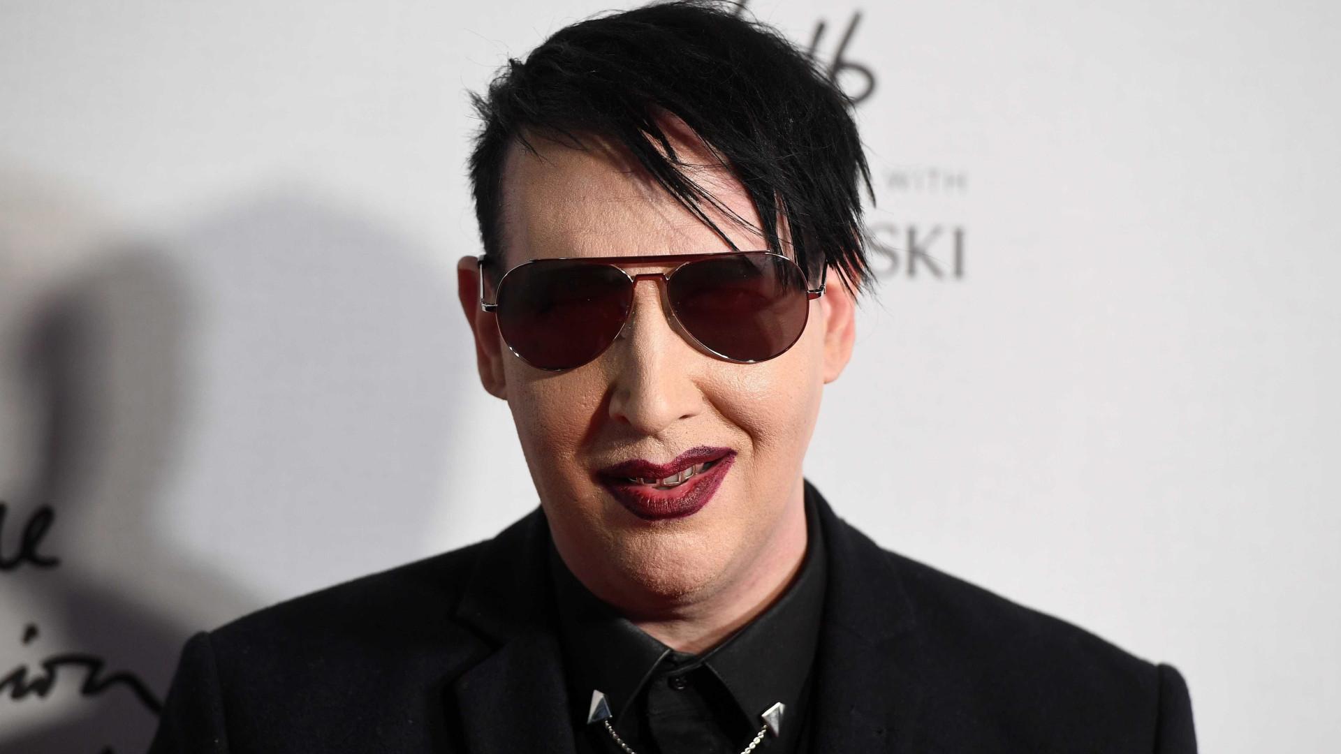 Marilyn Manson hospitalizado após sofrer acidente durante concerto