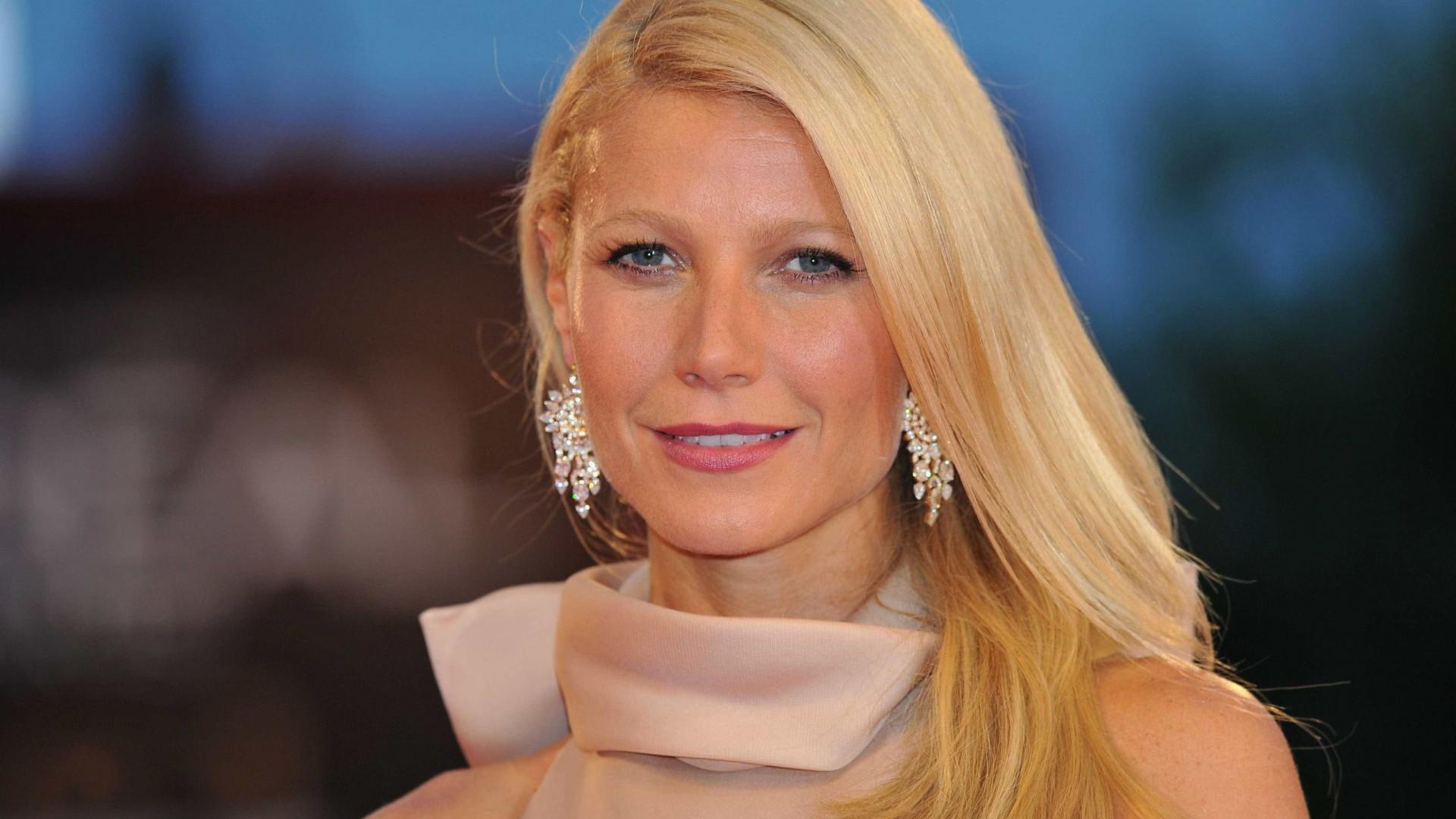Gwyneth Paltrow surpreende seguidores com foto rara da filha