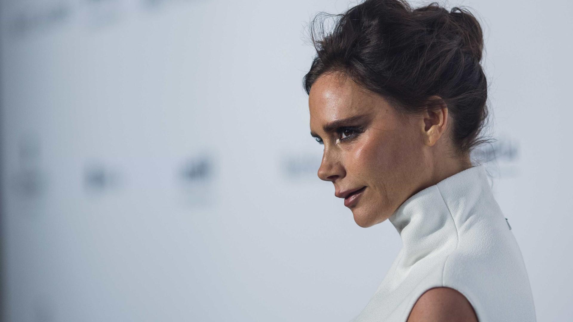 """Victoria Beckham não consegue """"parar de chorar"""""""