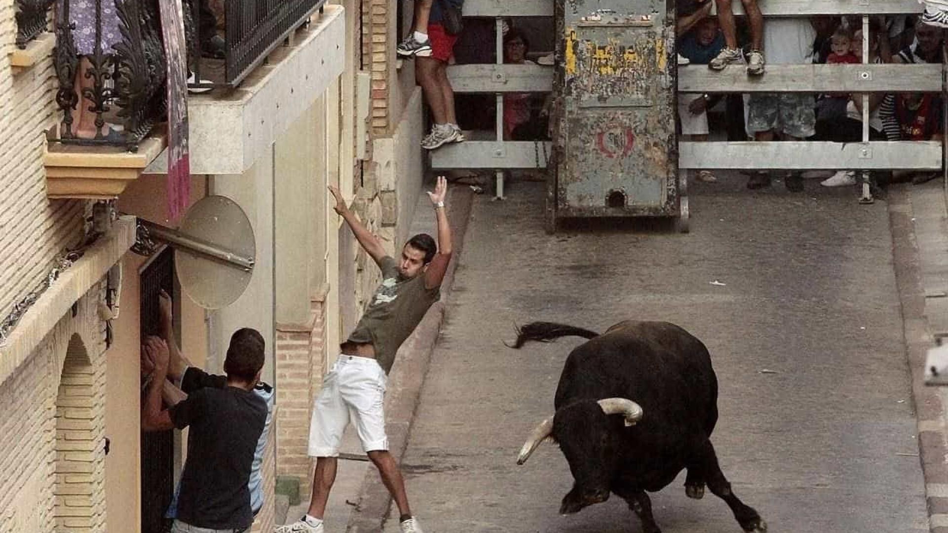 Homem morre após ser corneado em largada de touros de Valência