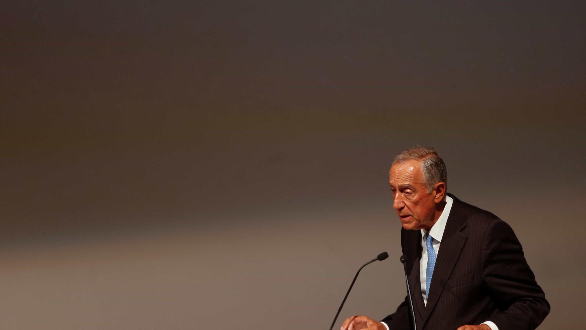 Presidente entrega prémios a Afonso Cruz e a José Carlos Vasconcelos