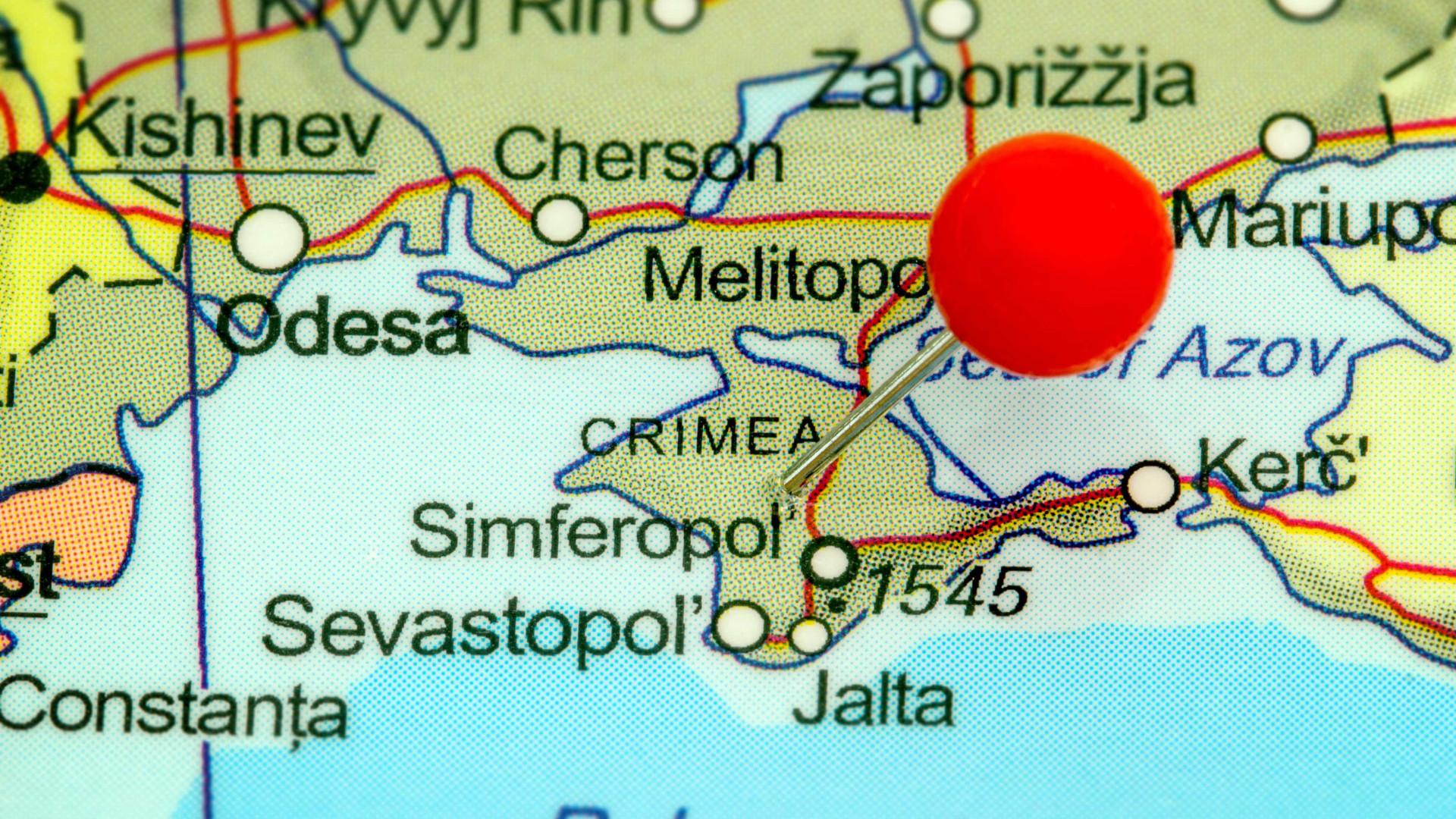 Pelo menos 10 mortos e 50 feridos em explosão em politécnico na Crimeia