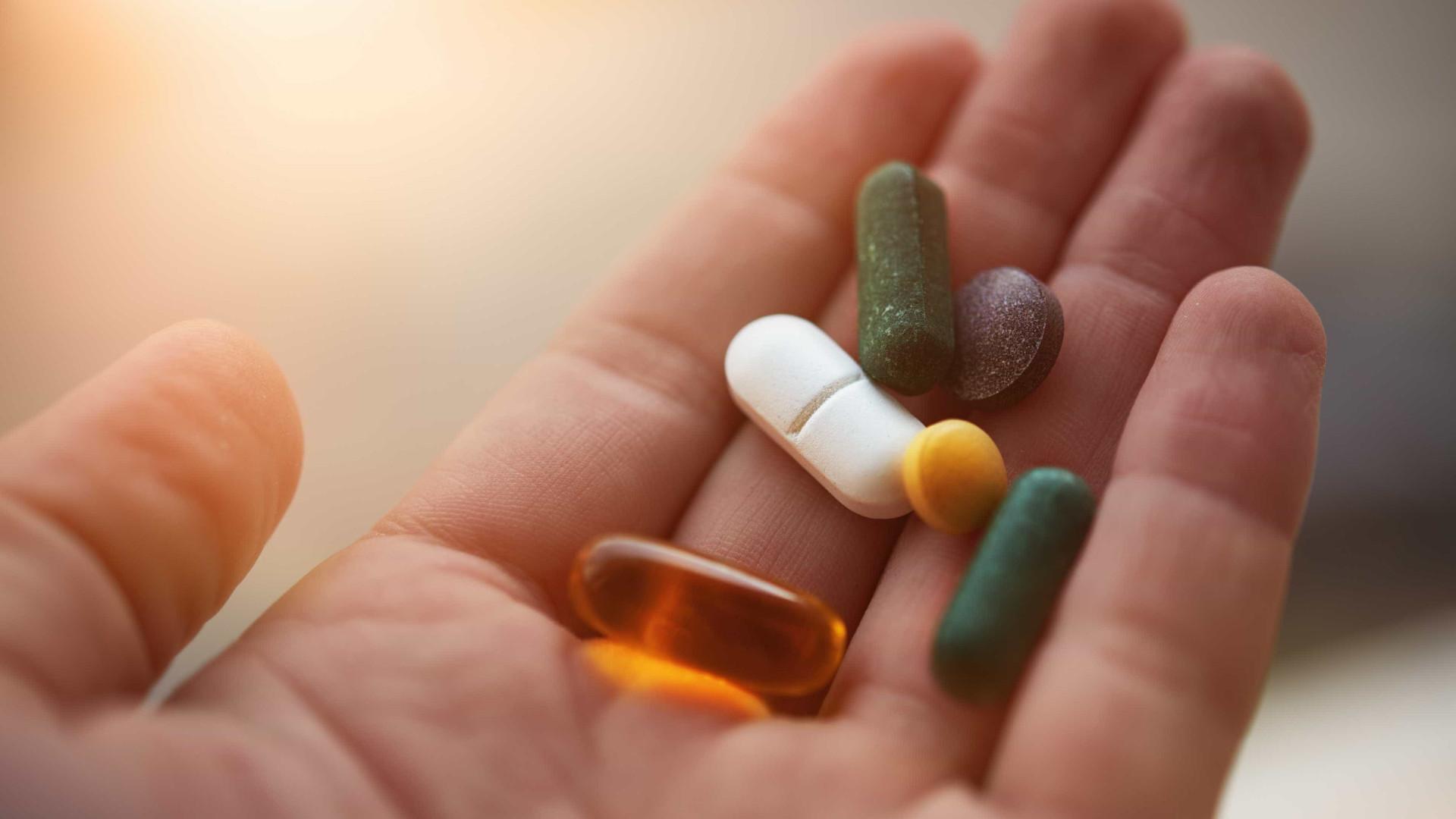 Farmacêuticos premeiam avaliação de benefício-risco de medicamentos