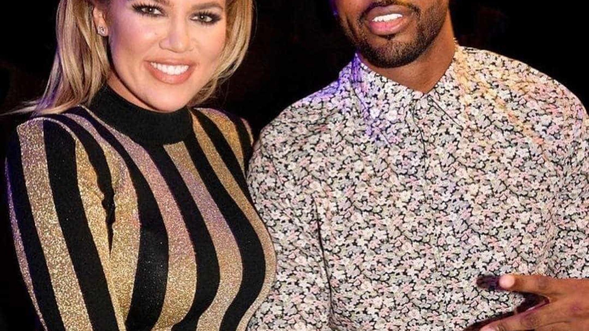 Khloé Kardashian acaba com rumores de separação de Tristan Thompson