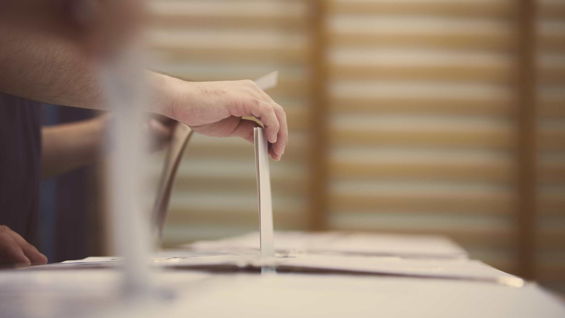 Russos já começaram a votar para as presidenciais