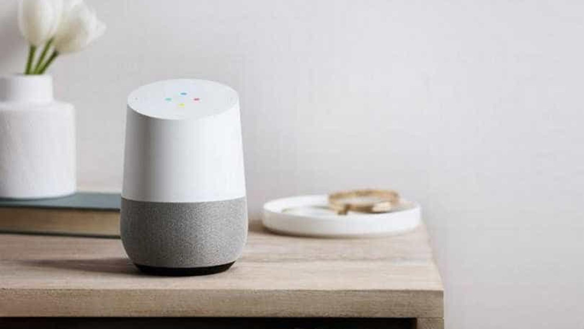 Google prestes a anunciar nova versão com ecrã da sua coluna caseira