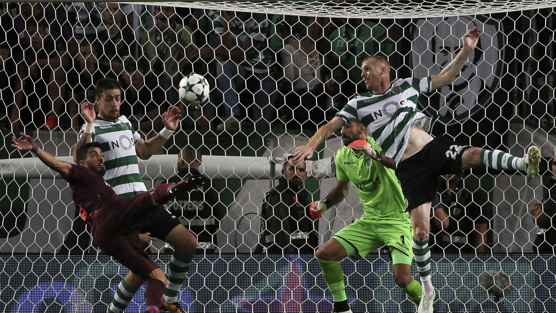 Champions: Só o Barcelona marcou tantos auto-golos como o... Sporting