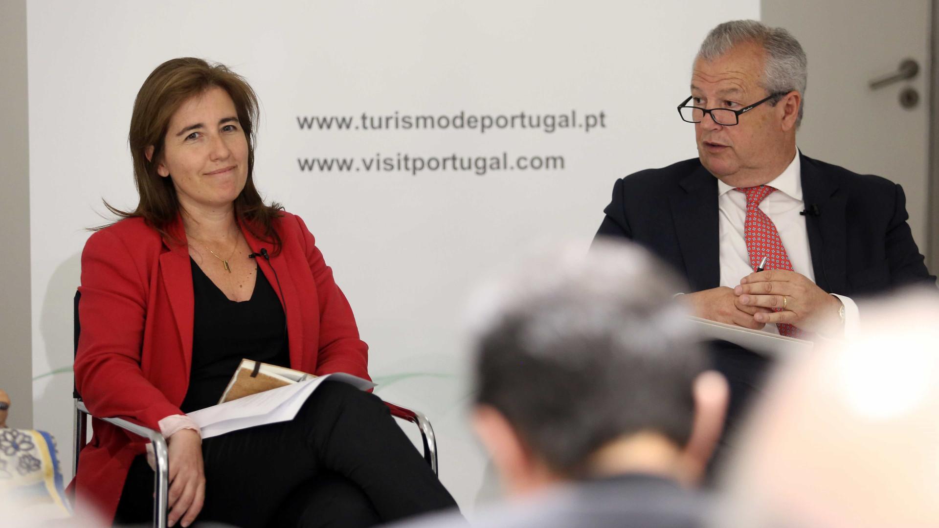"""'Boom' do turismo em Portugal não é um """"fenómeno garantido"""""""