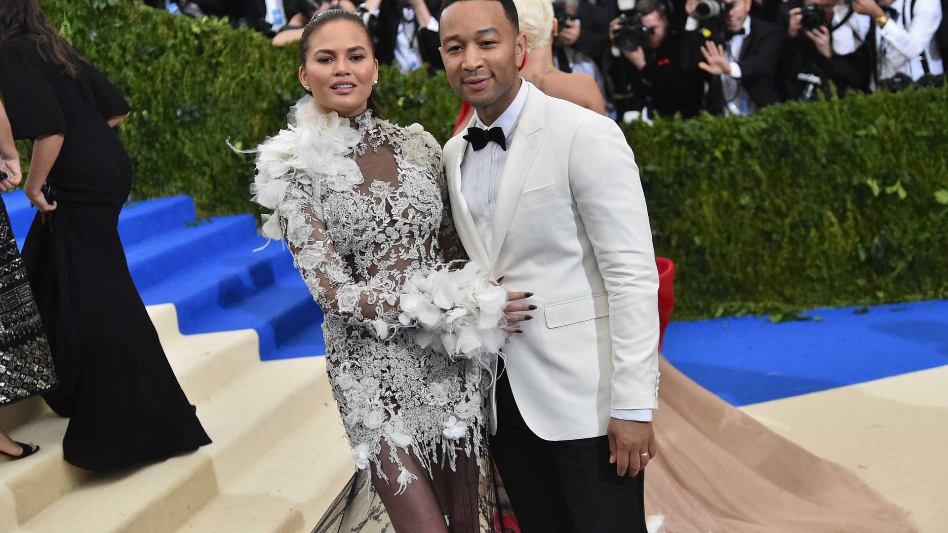 Chrissy Teigen e John Legend vão ser pais pela segunda vez