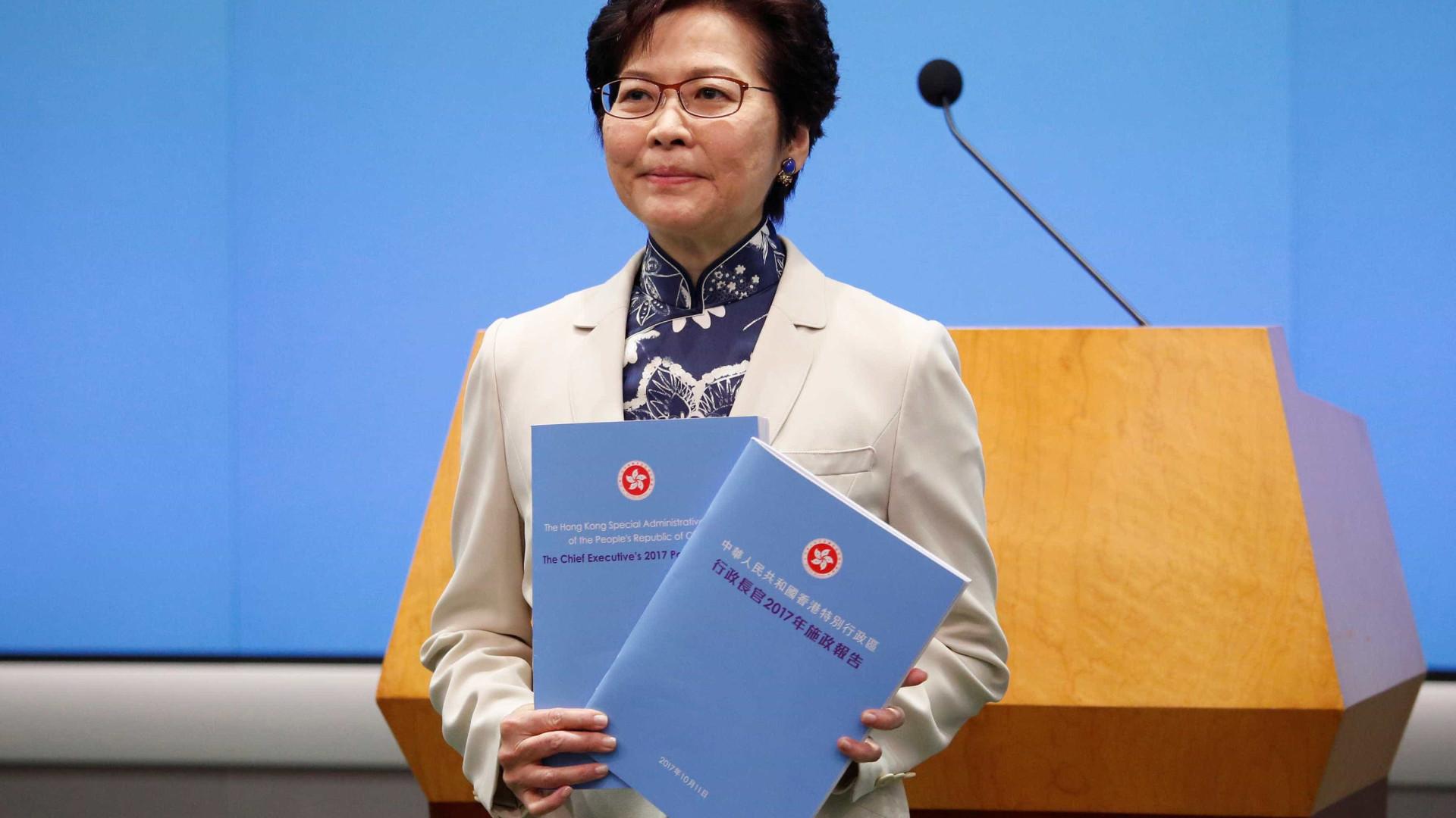 Hong Kong admite recusa de entrada a ex-governador britânico
