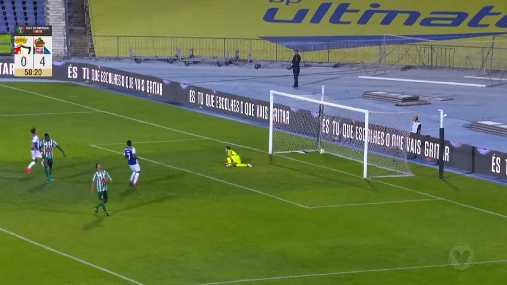 Soares é ausência confirmada para jogo da Taça devido a lesão — FC Porto