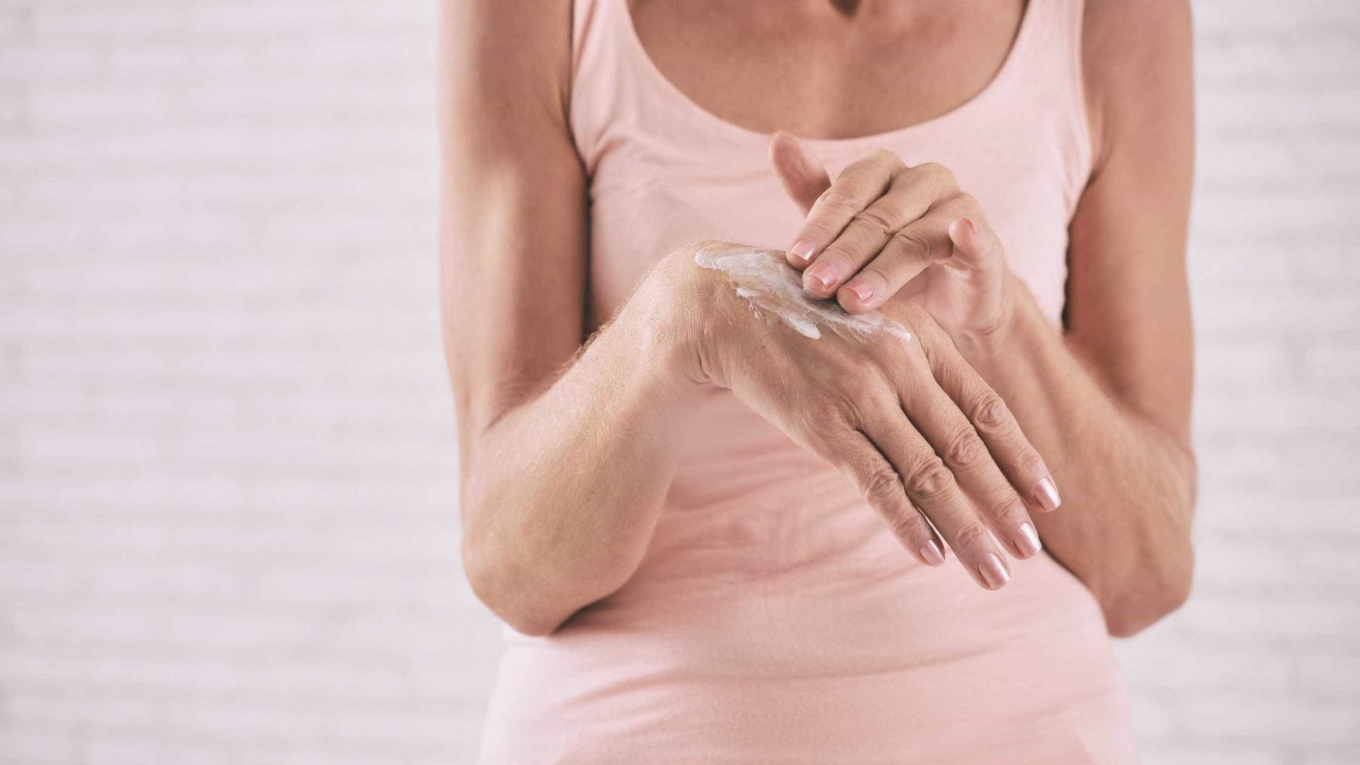 Os conselhos a seguir para proteger a pele nas estações frias