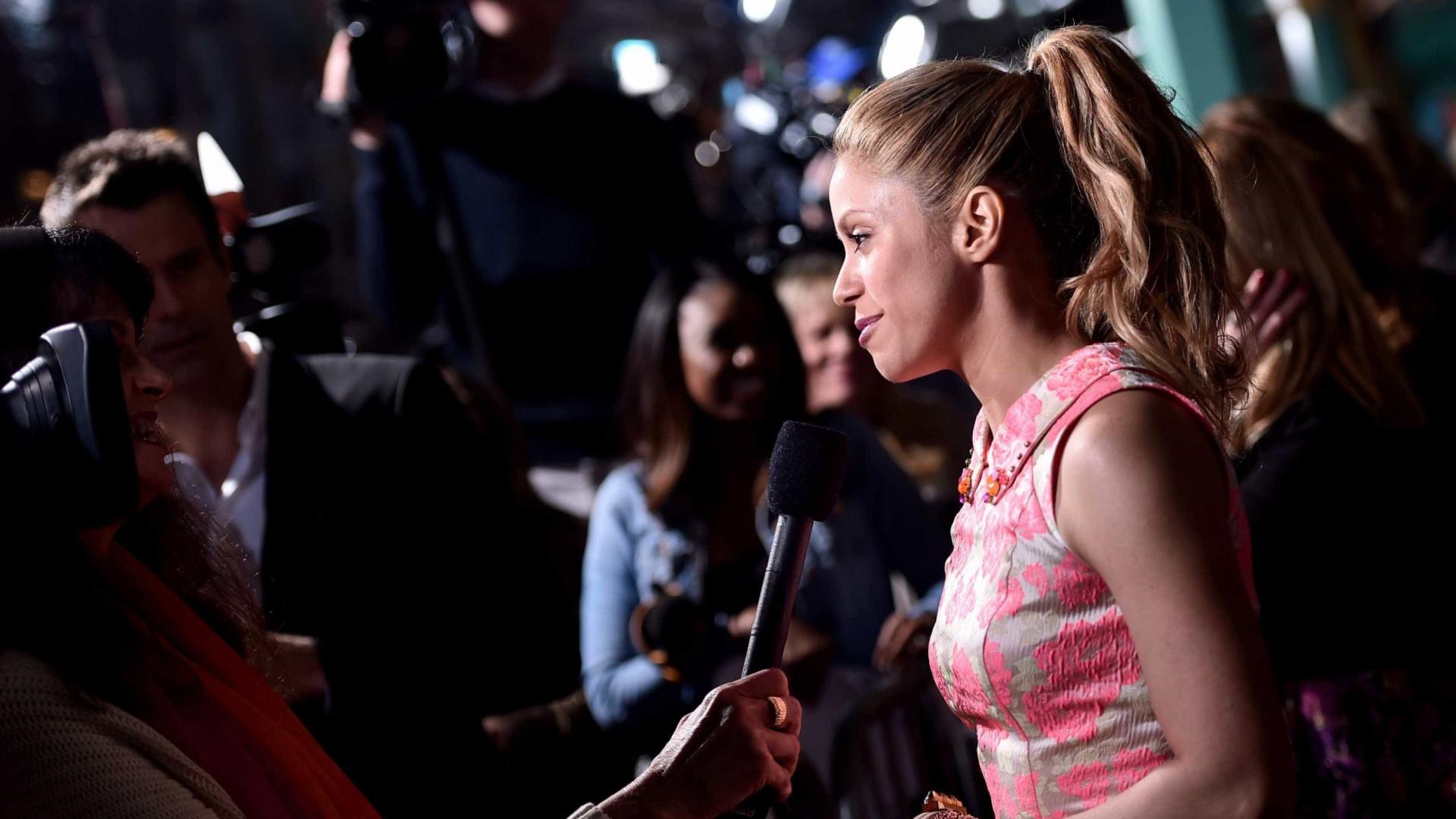 Fãs de Shakira acusam a cantora de usar Photoshop
