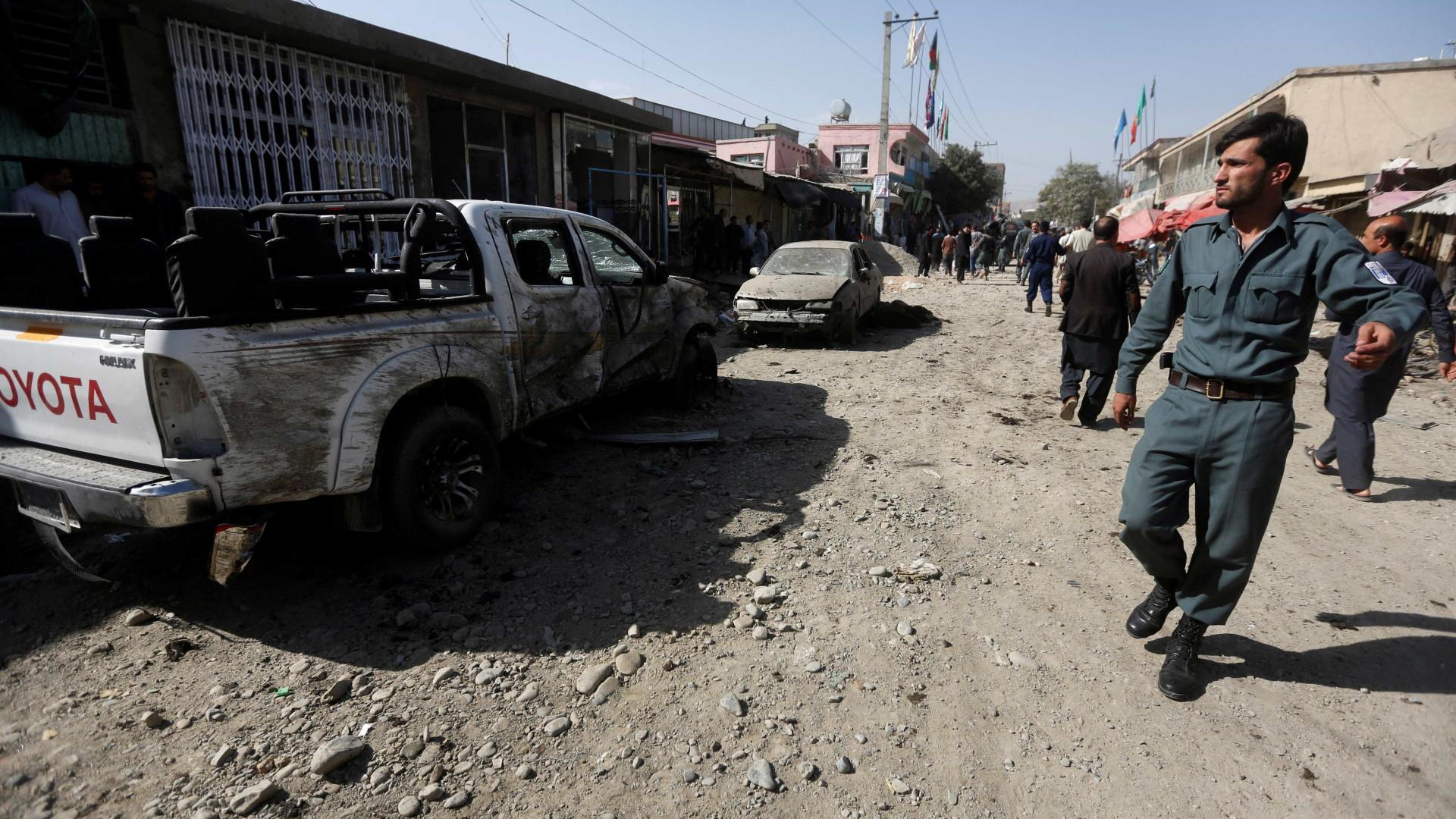 Ataque contra mesquita xiita deixa 10 mortos em Cabul