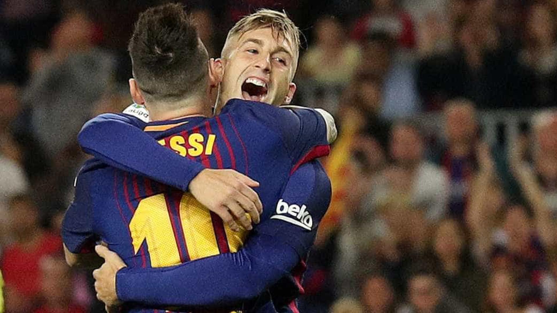 FC Barcelona vence Málaga FC por 2-0 com Iniesta a marcar