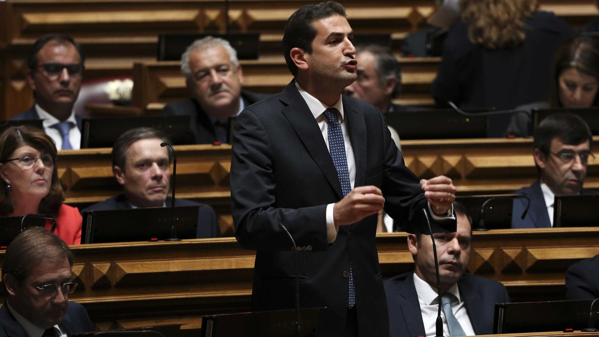Hugo Soares acusa Carlos César de insultar bancada do PSD