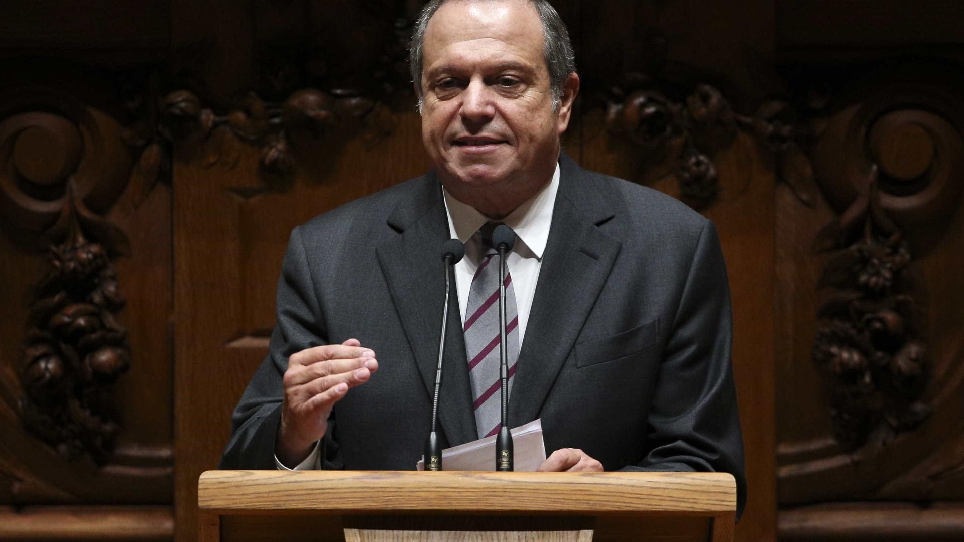 Carlos César sugere final da taça com homenagem a todos os atletas