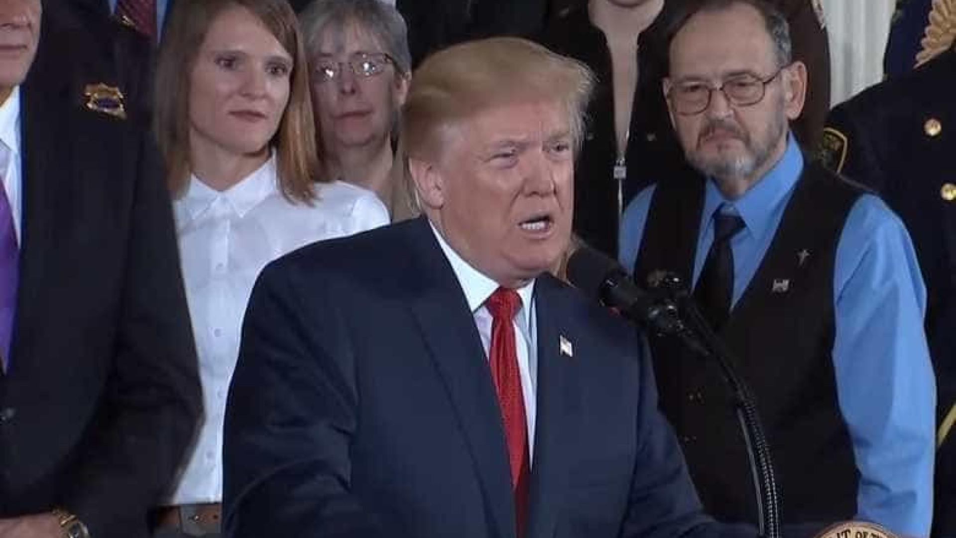 Trump declara emergência nacional em saúde pública por crise de opiáceos
