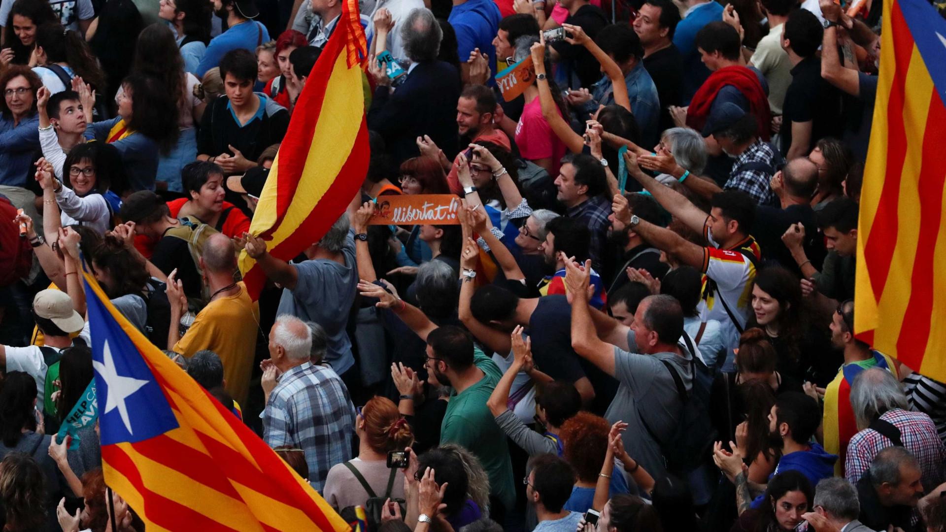 Deputados catalães exilados em Bruxelas renunciam a mandato