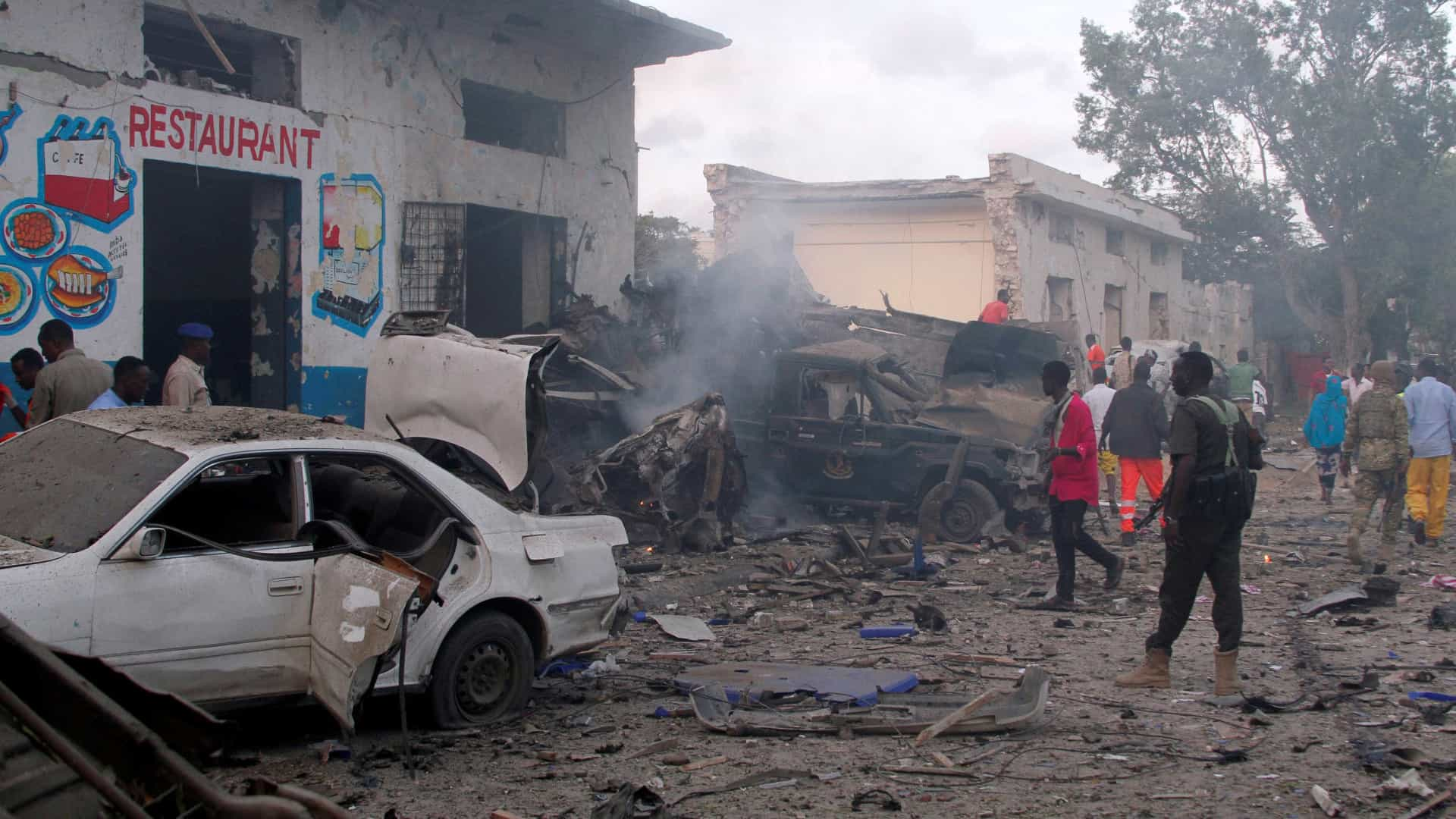 Pelo menos 38 mortos em dois atentados na Somália
