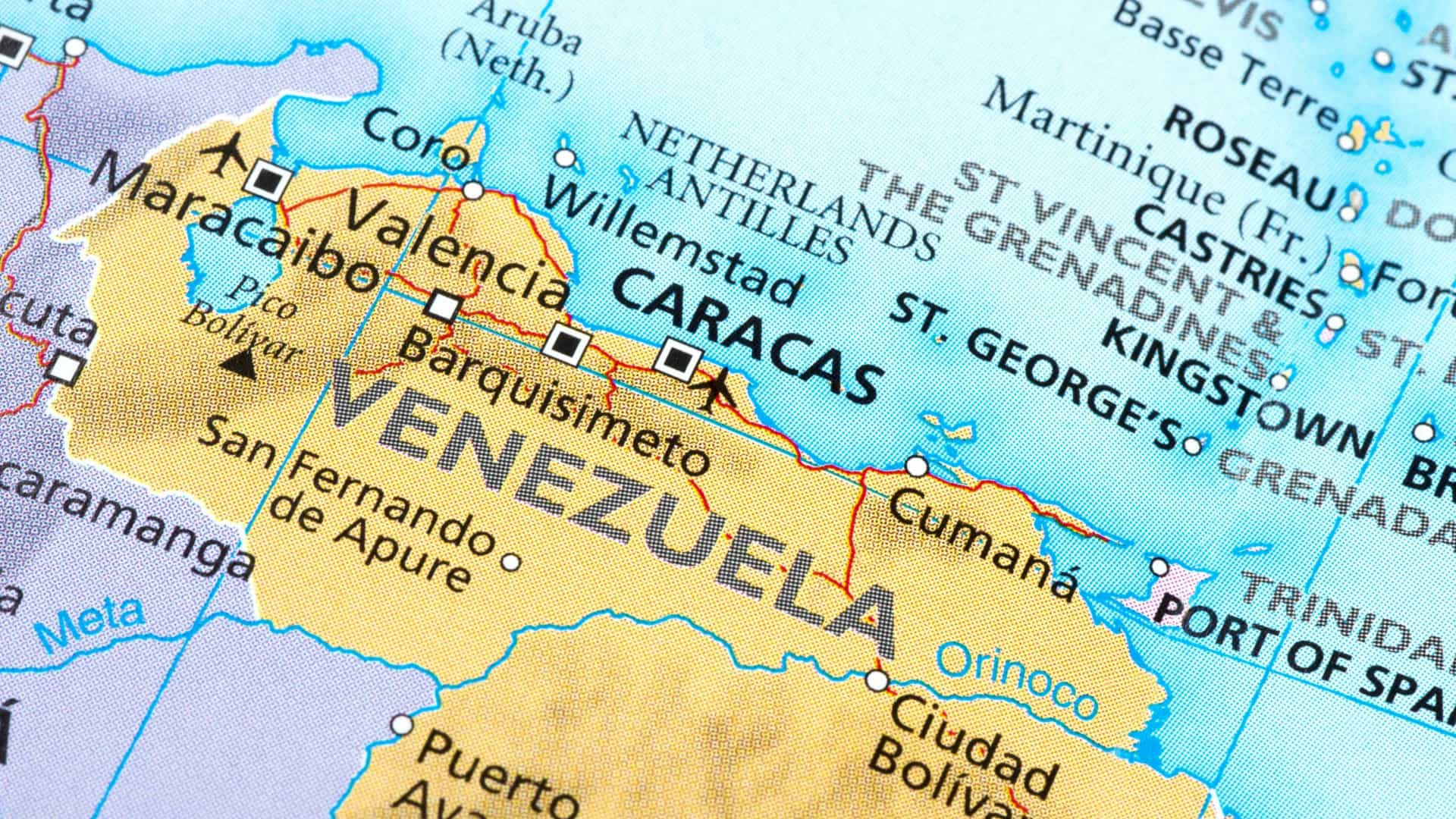 Serviços secretos evacuam hotel de portugueses em Caracas