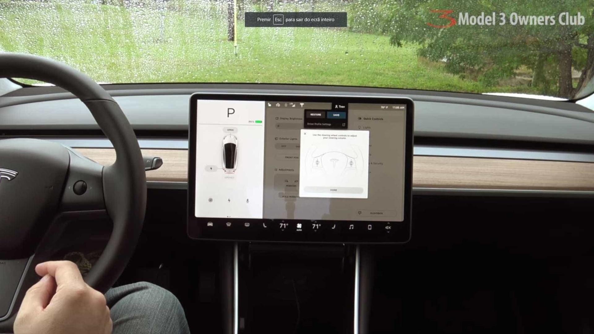 A Netflix e o YouTube estão a chegar aos carros da Tesla