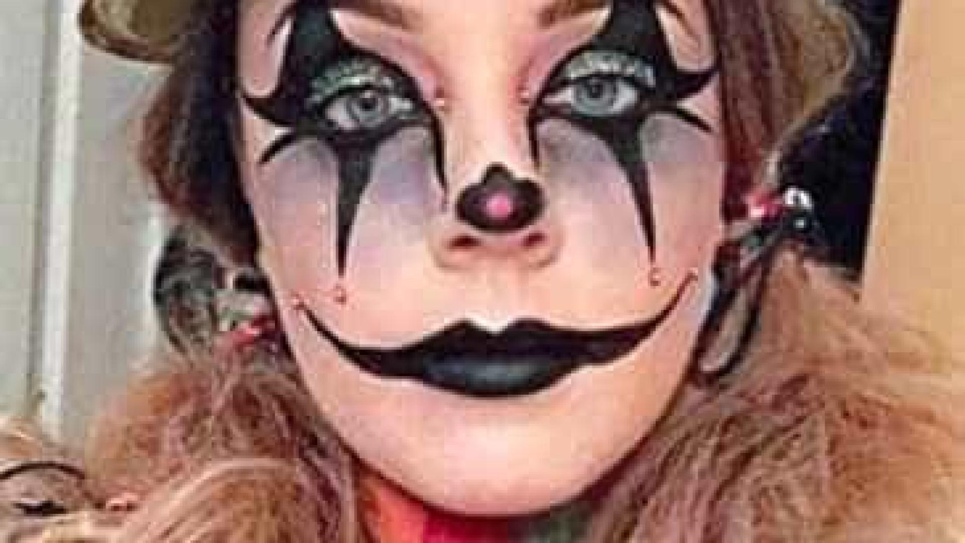 Quase cegou devido a reação alérgica à maquilhagem de Halloween