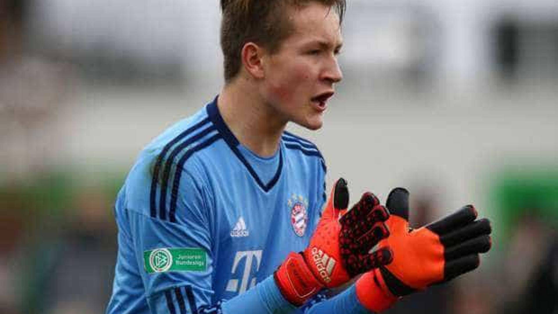Guarda-redes do Bayern Munique apontado ao Sporting (e a tubarões)