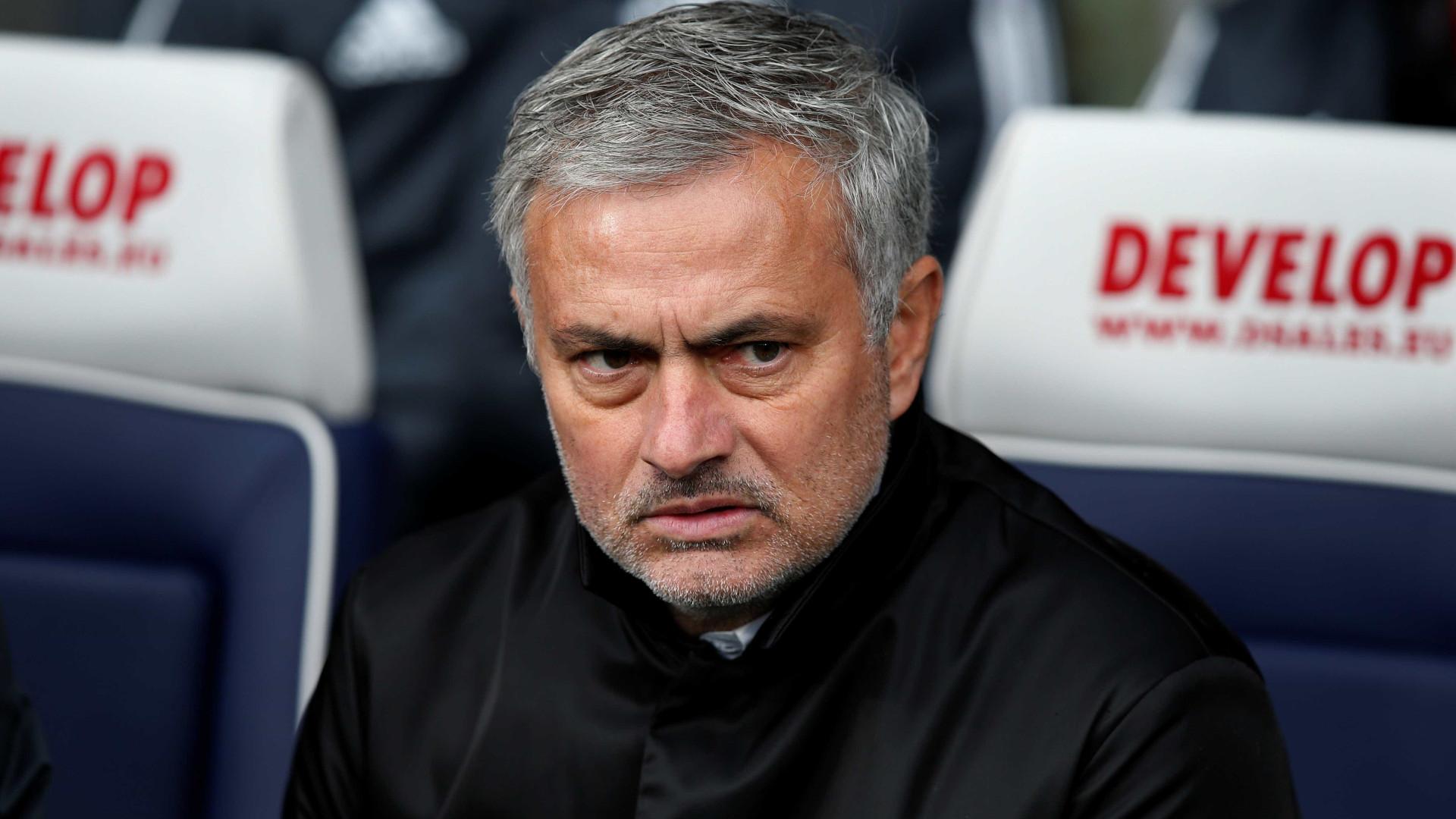 Planos de Mourinho 'estragam' Natal a funcionários do Manchester United