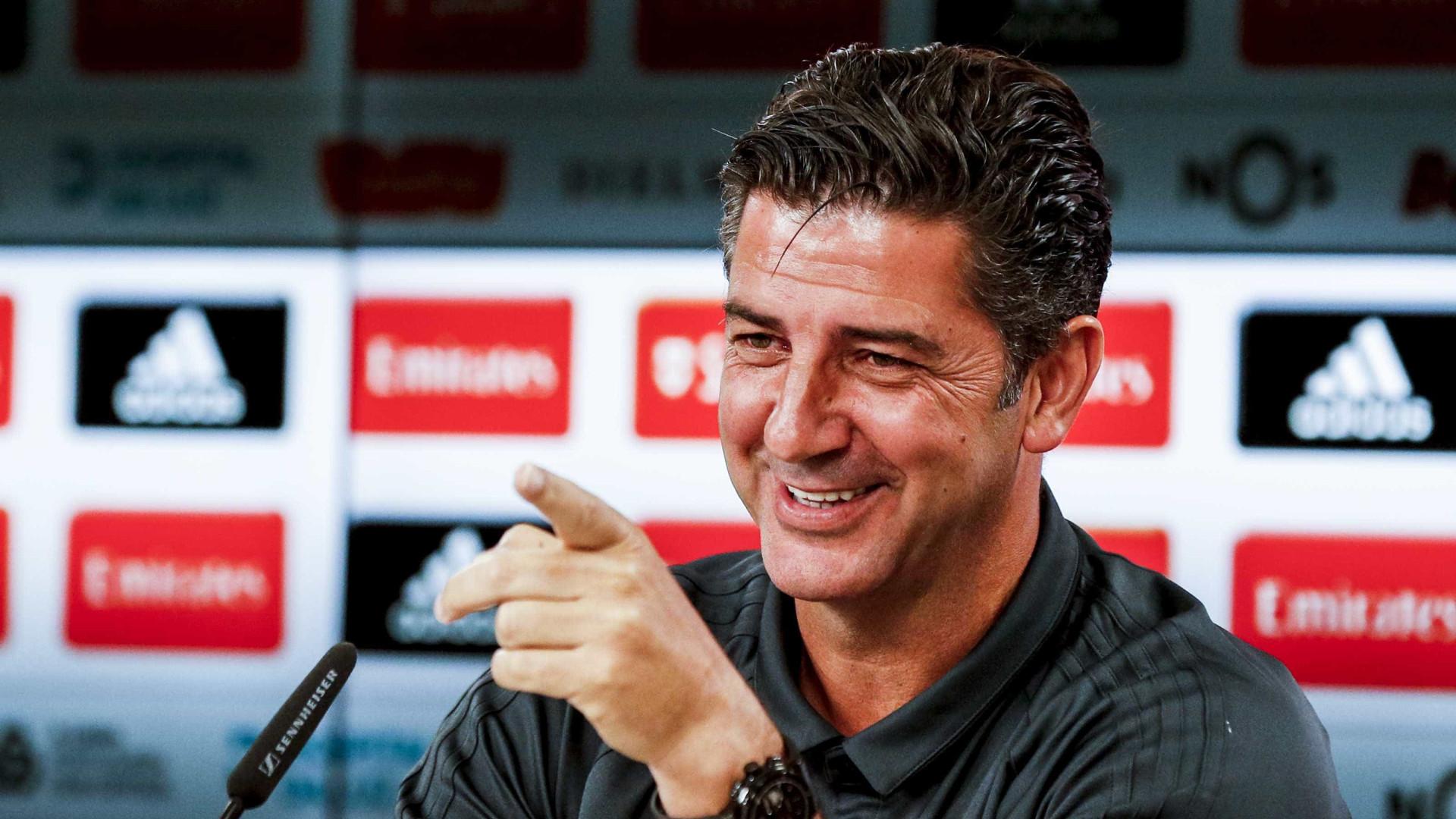 Benfica vence em Guimarães ao intervalo