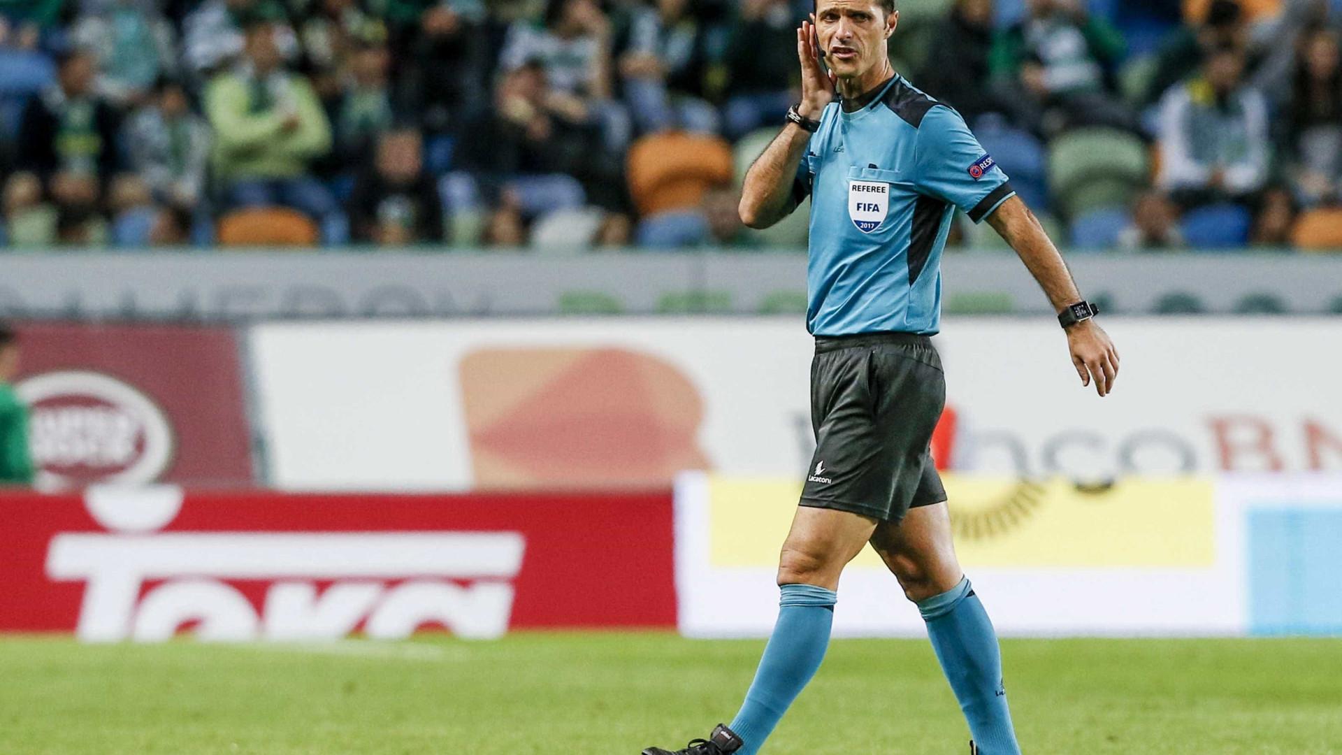 Carlos Xistra nomeado para apitar o Marítimo-FC Porto
