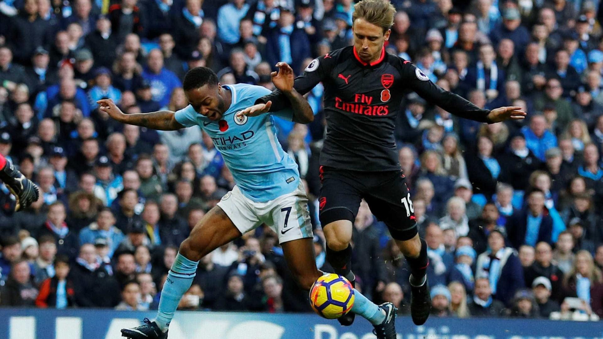 Guardiola não quer Sterling no negócio de Sánchez, mas Wenger insiste