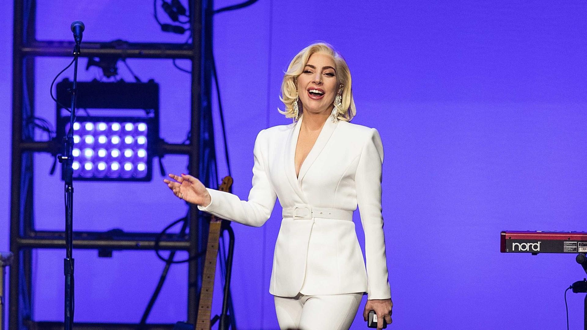 Lady Gaga assina contrato para temporada de shows em Las Vegas