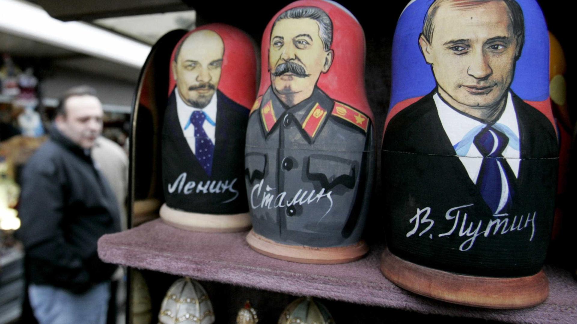 Eleições russas: A matrioska Putin vai continuar a cimentar o poder