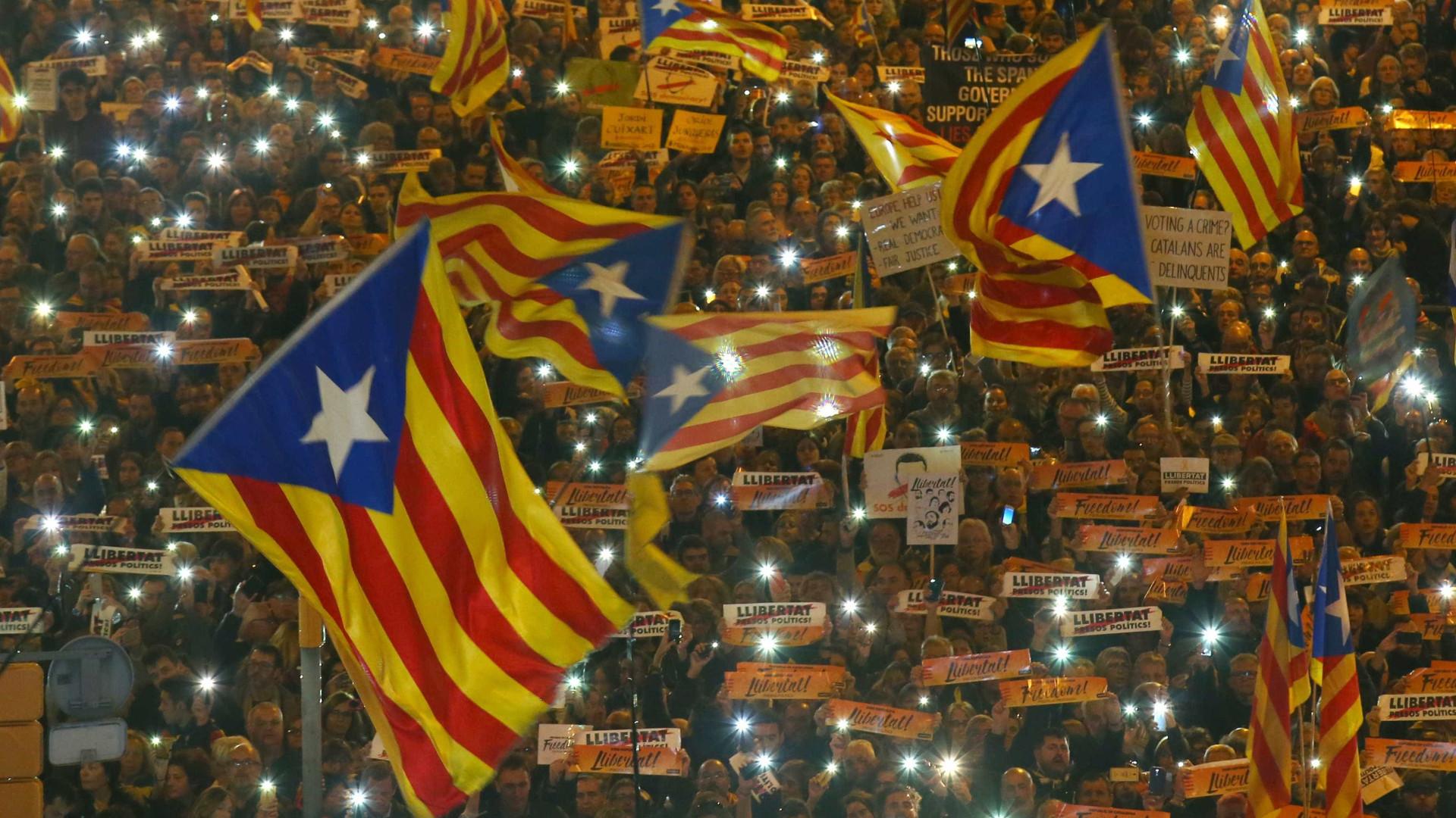 Polícia estima em 45 mil os manifestantes independentistas em Bruxelas