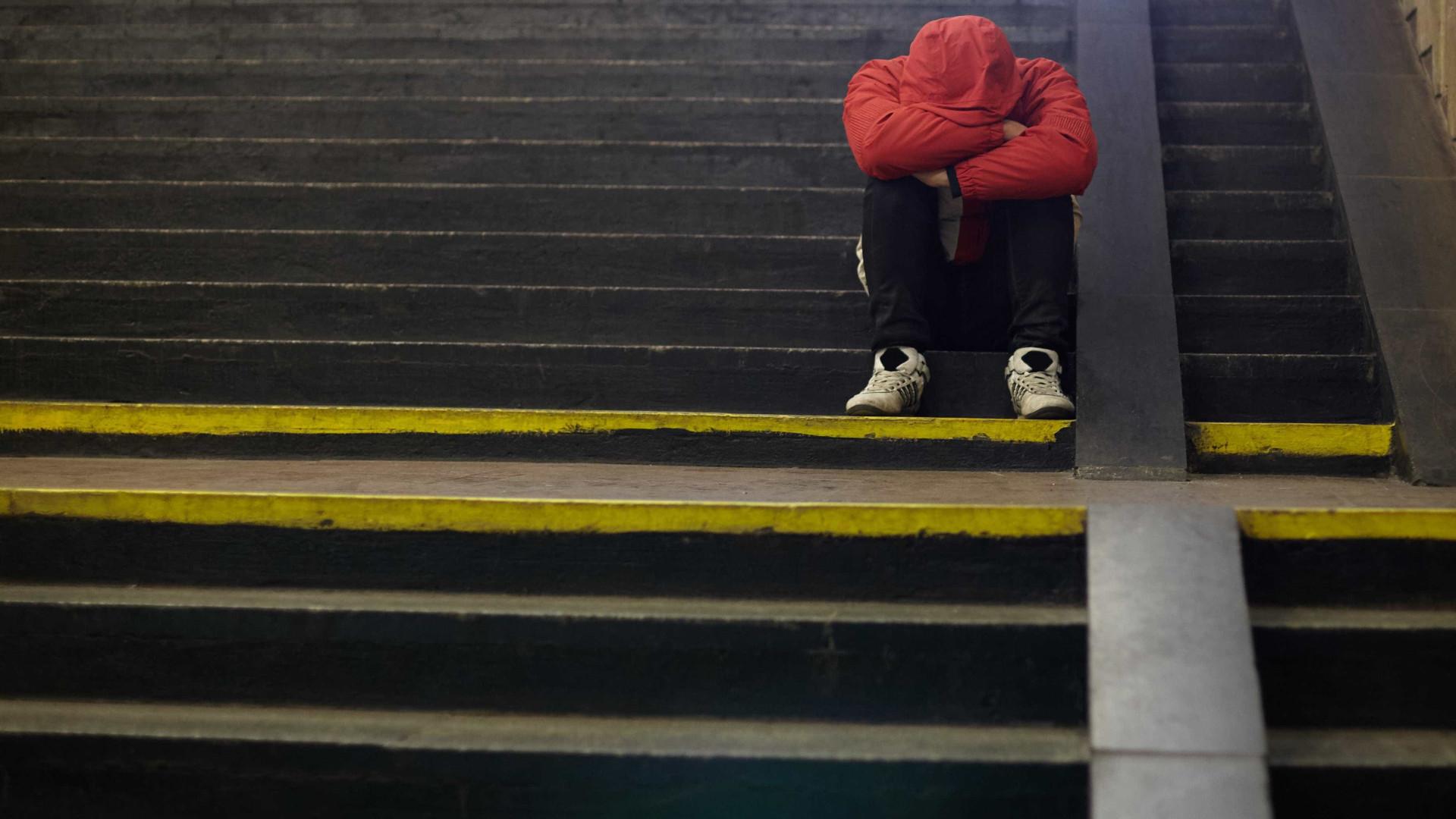 Assédio sexual afeta jovens da mesma forma. Mas há uma diferença