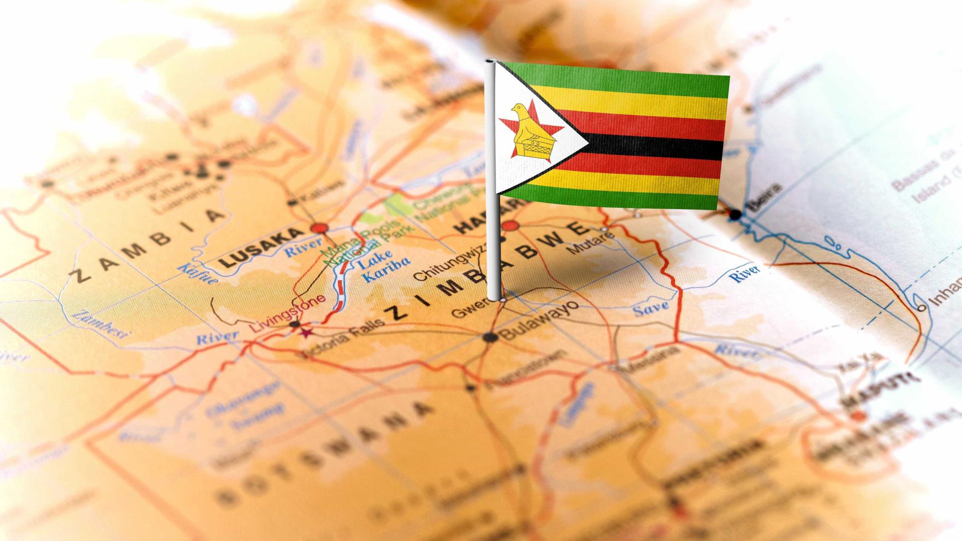"""Zimbabué: Militares estão """"em processo de tomar o comando"""""""