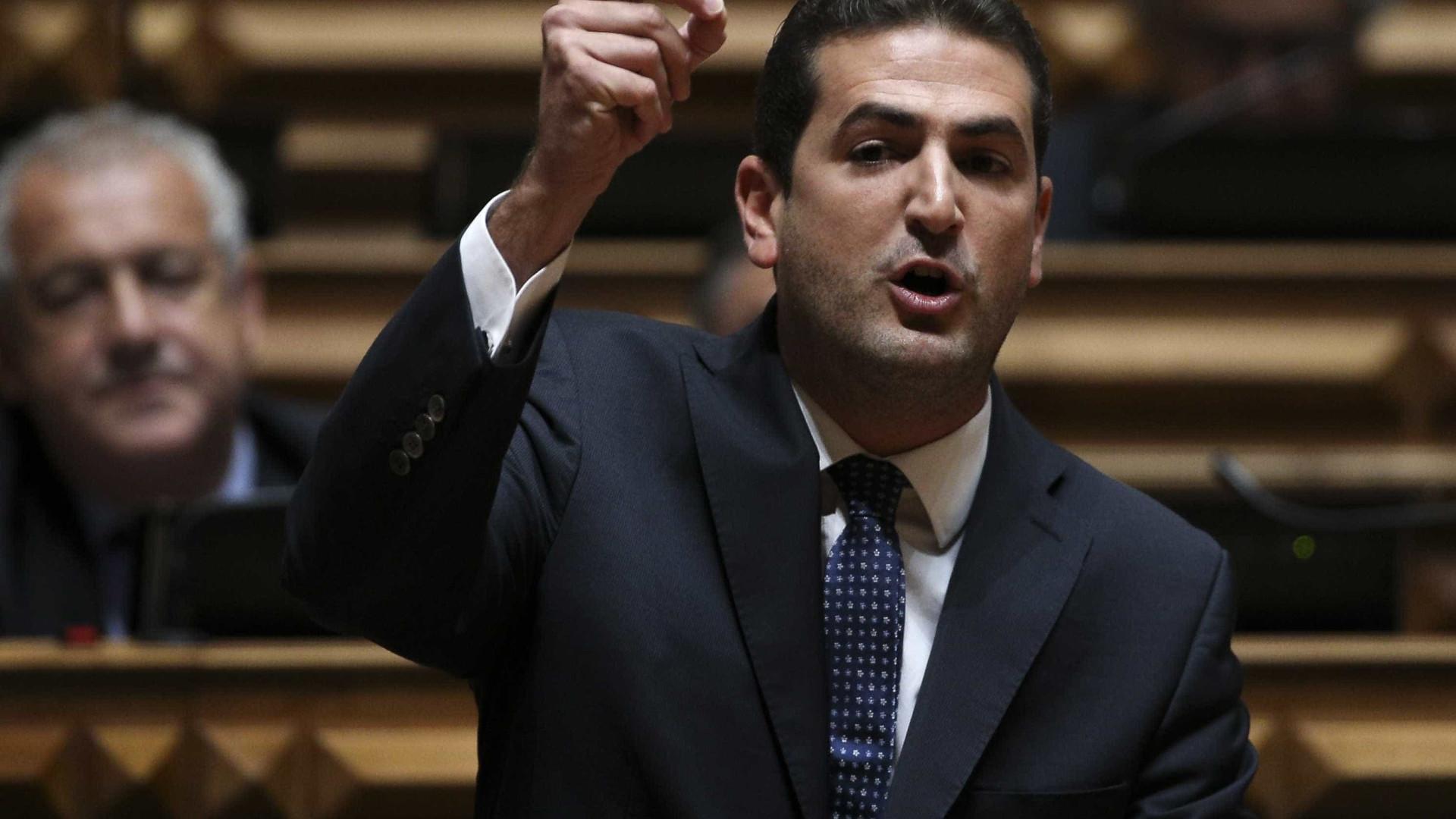 """PSD pede audição de Vieira da Silva """"com caráter de urgência"""""""