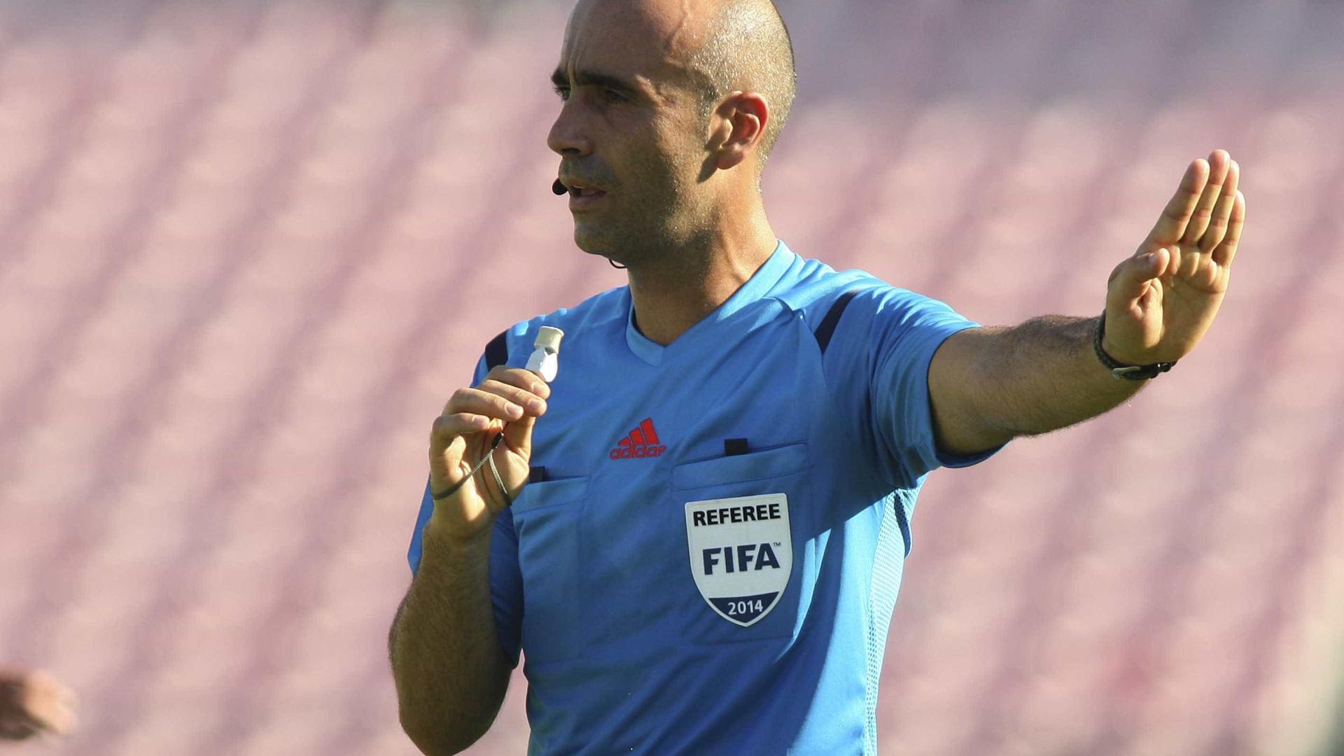Já há árbitros para os duelos de Sporting e FC Porto 37d03d9cac941