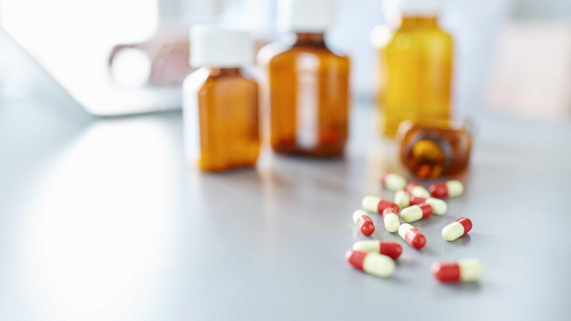 Empresa garante dois milhões para combater resistência a antibióticos