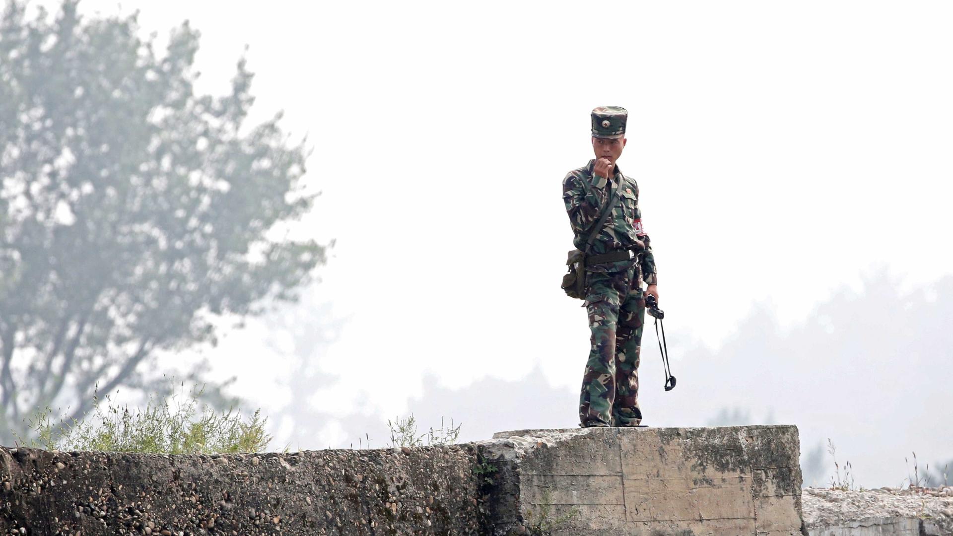 Feridas de soldado que fugiu dão pistas sobre vida na Coreia do Norte