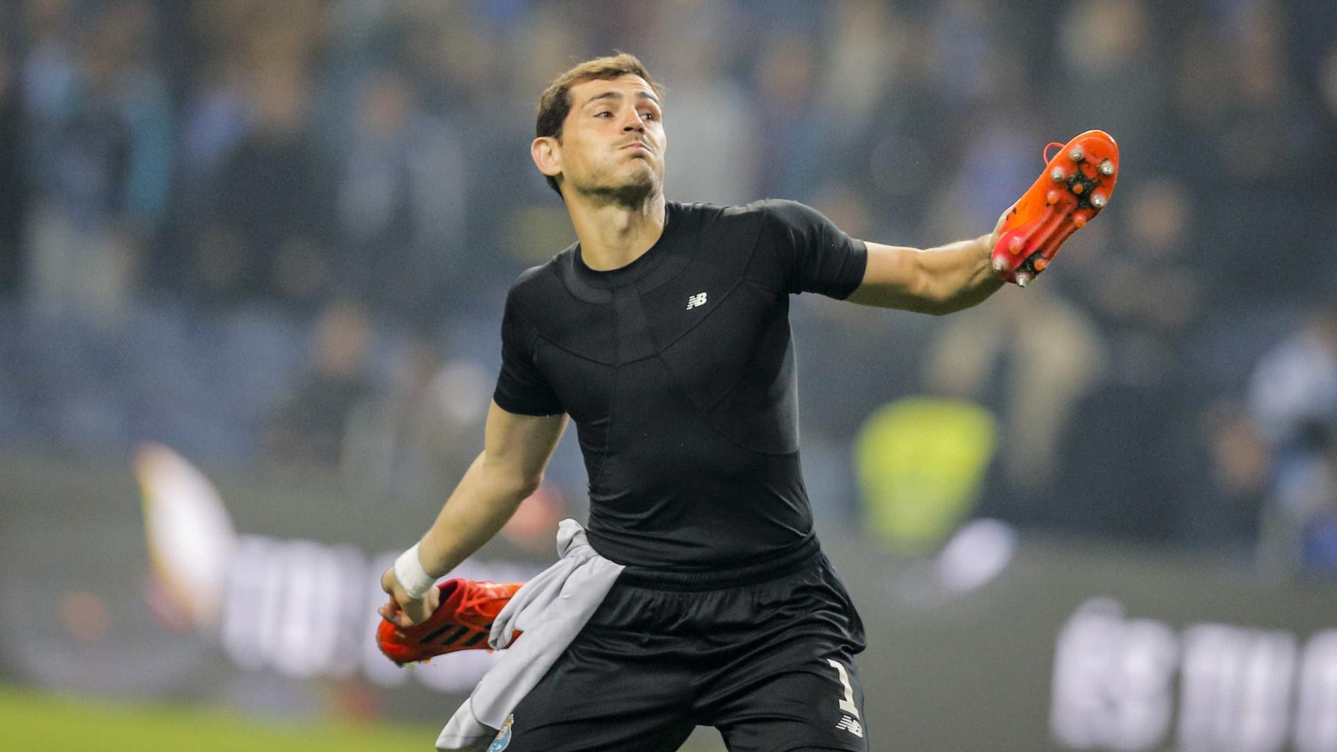 Lopetegui deixou a seleção espanhola e Casillas reagiu nas redes sociais