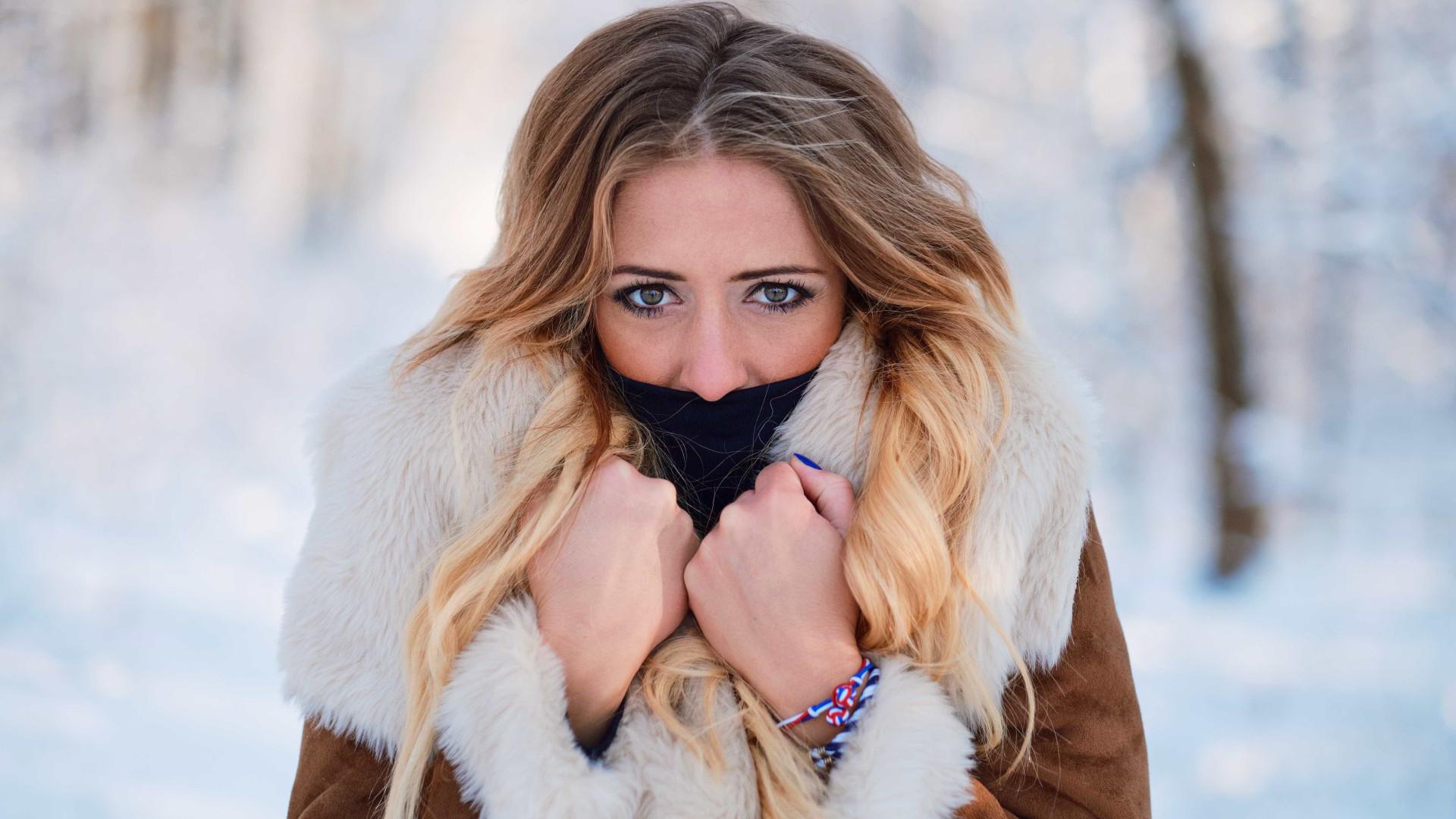 Porque é que 'choramos' quando está frio na rua?