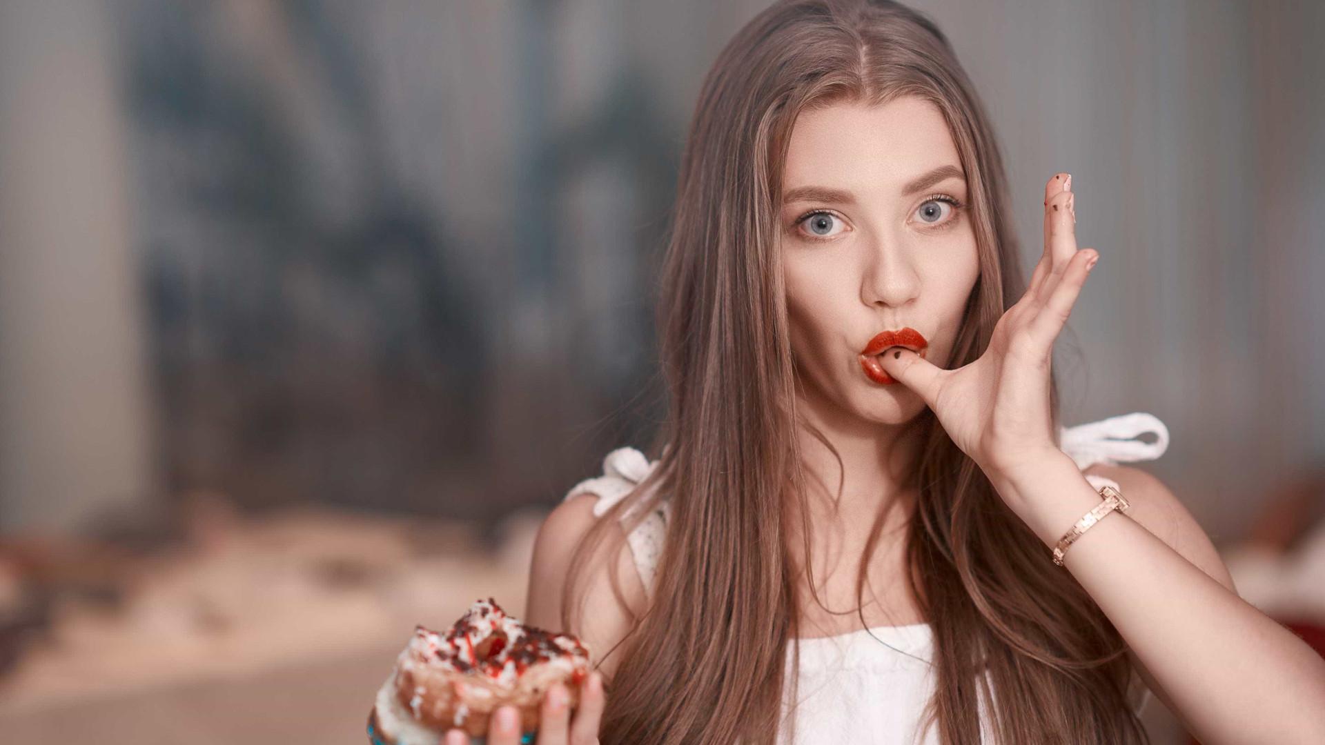 Sinais de que anda a comer demasiado açúcar