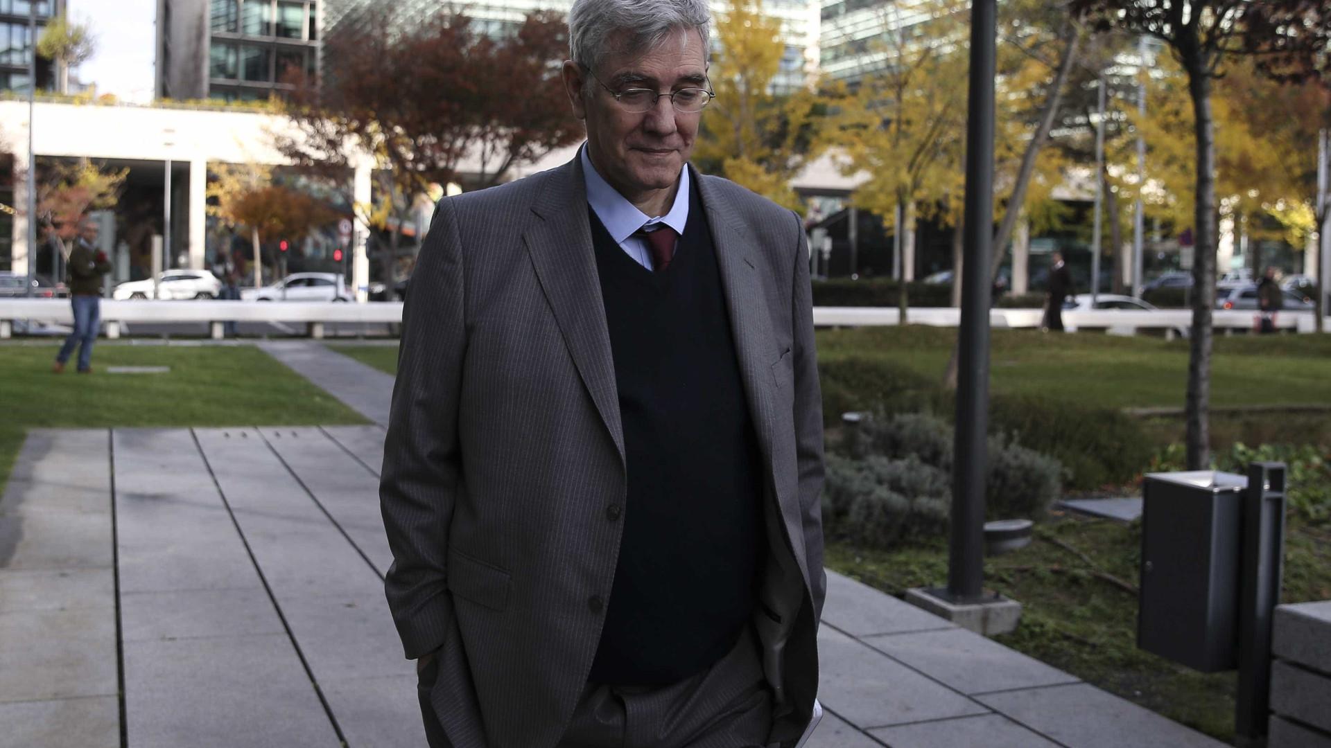 Ex-agente do SIS Carvalhão Gil condenado por espionagem