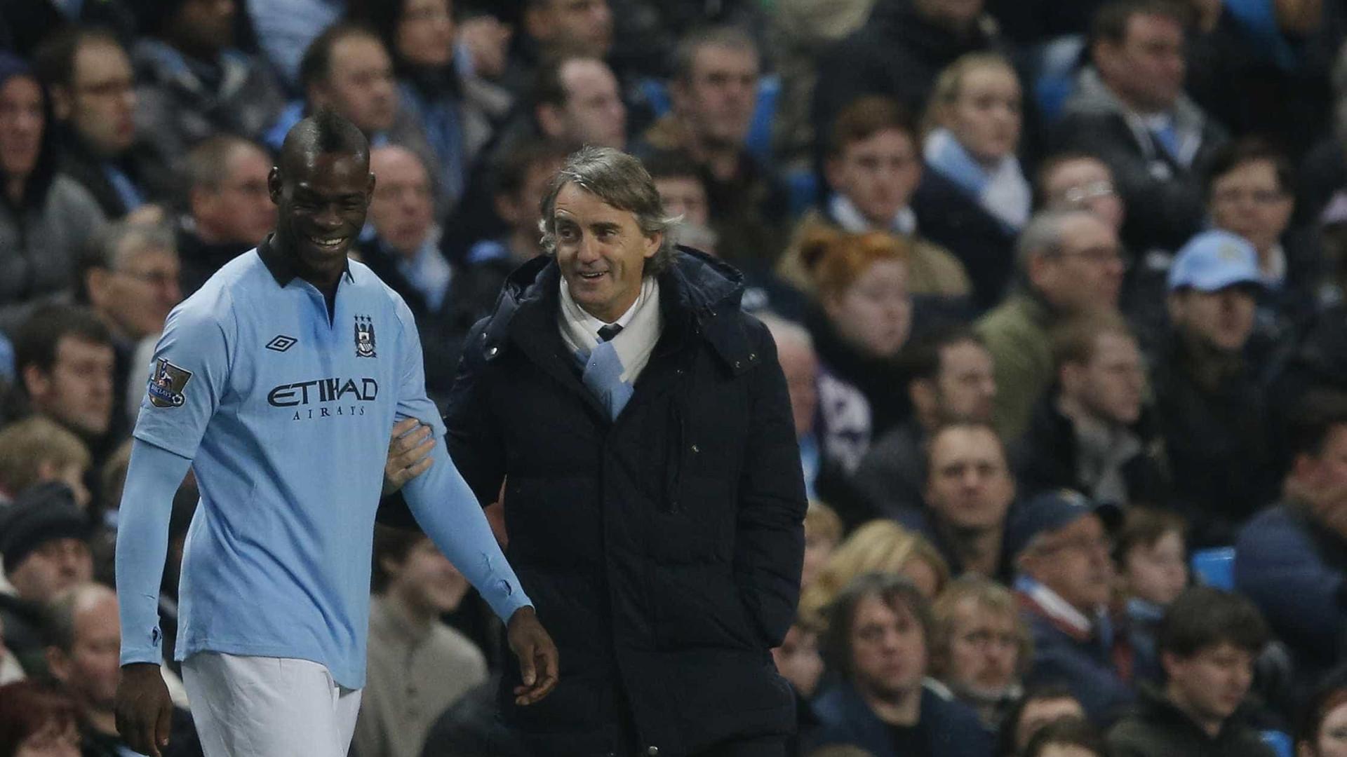 Agüero faz dois, Manchester City goleia e mantém invencibilidade no Inglês