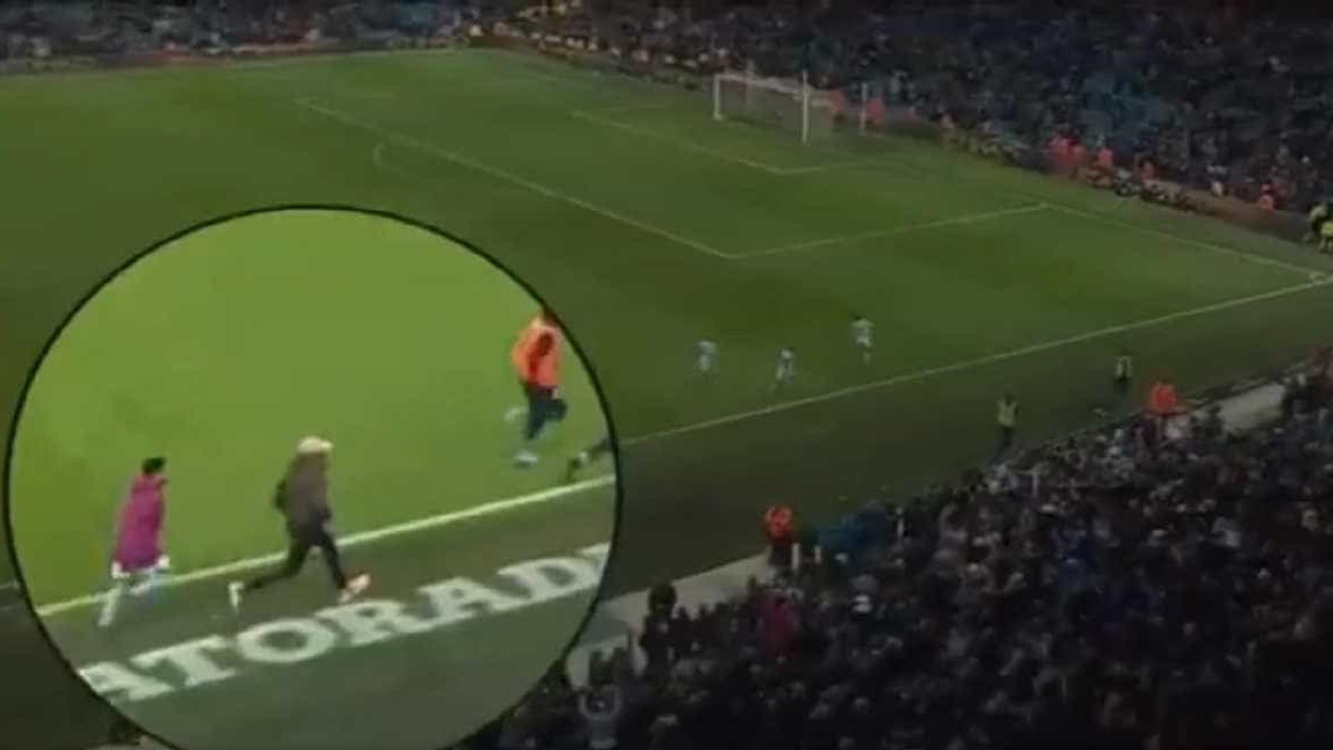 Manchester City anuncia renovação com David Silva até 2020