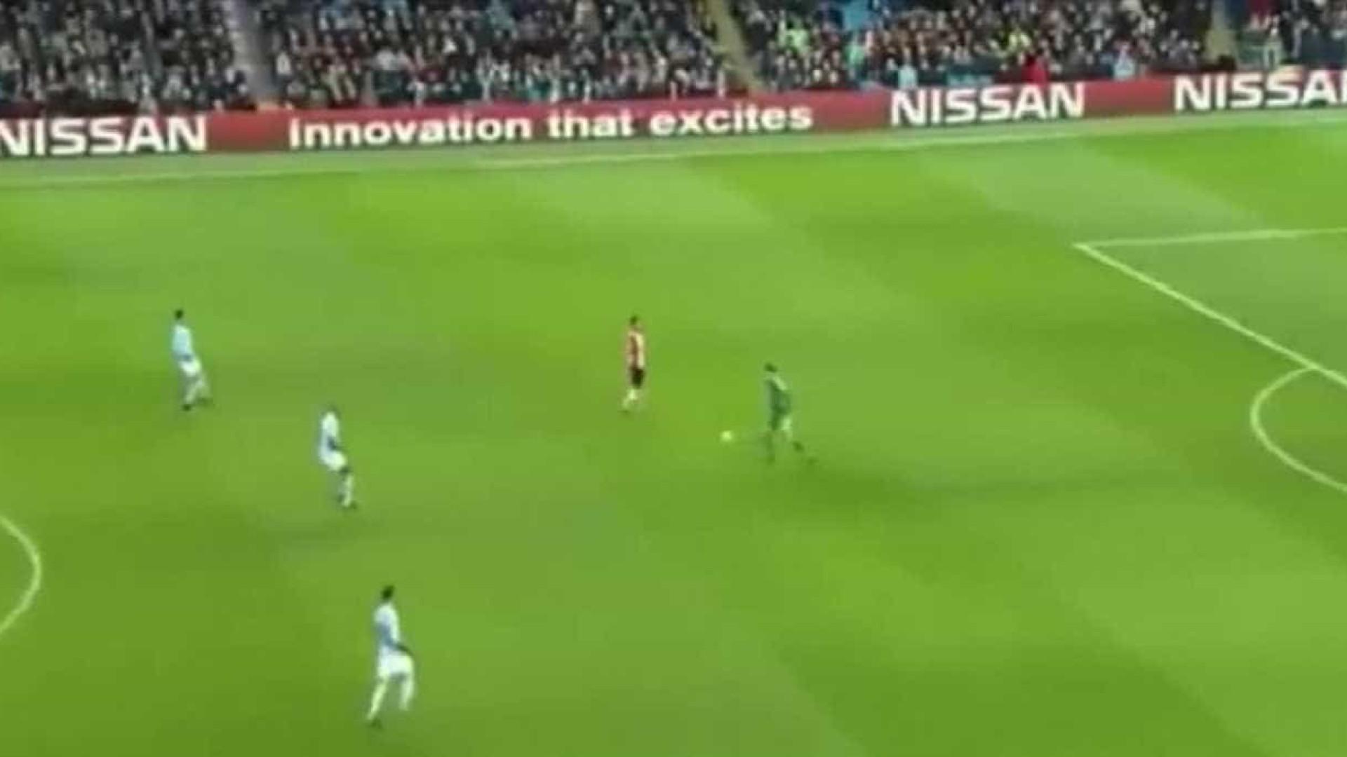 David Silva renova com o Manchester City