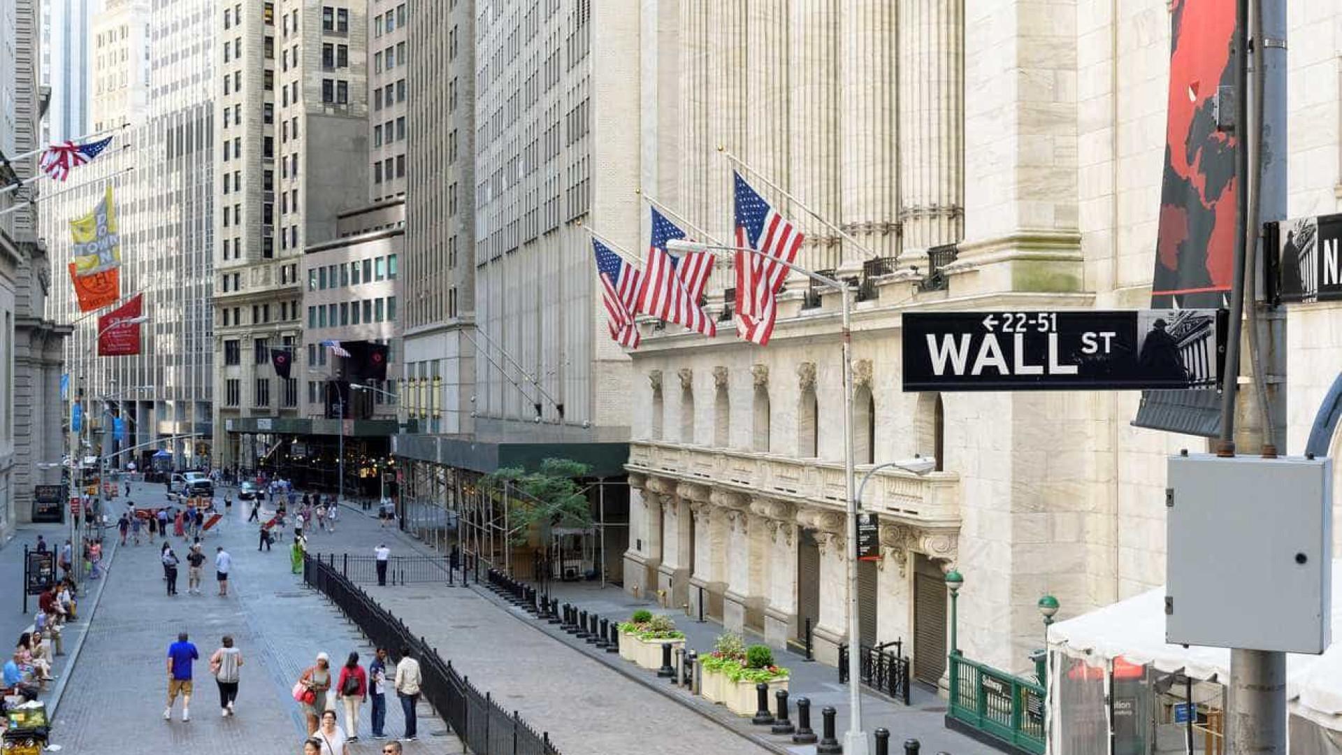 Palavras de Powell no Senado dão ganhos à banca, em Wall Street