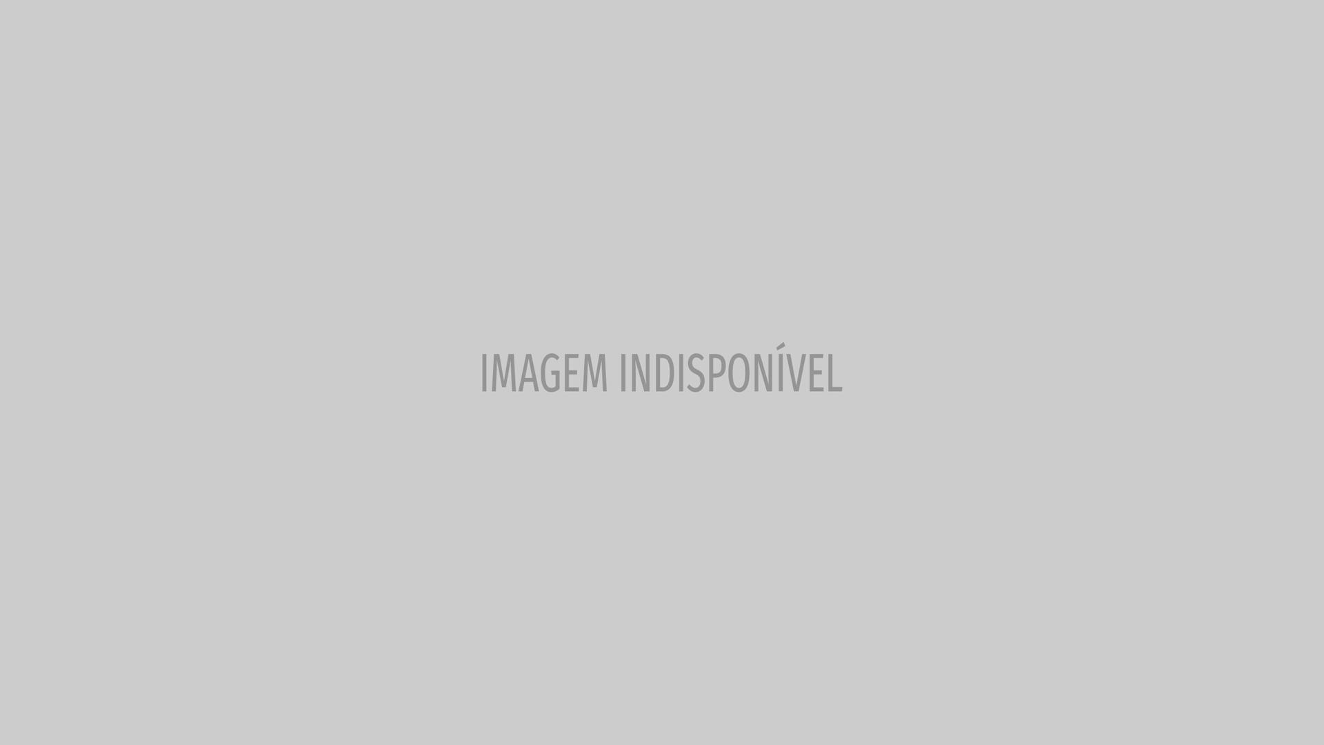 Uma avó orgulhosa: Dolores Aveiro posa com os gémeos e Cristianinho